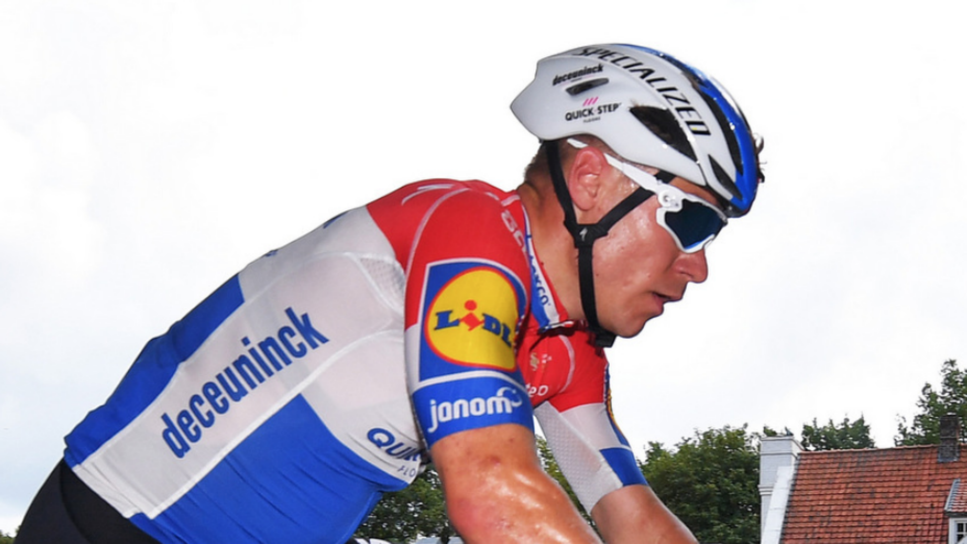 Jakobsen in serious but stable condition following Tour of Poland crash