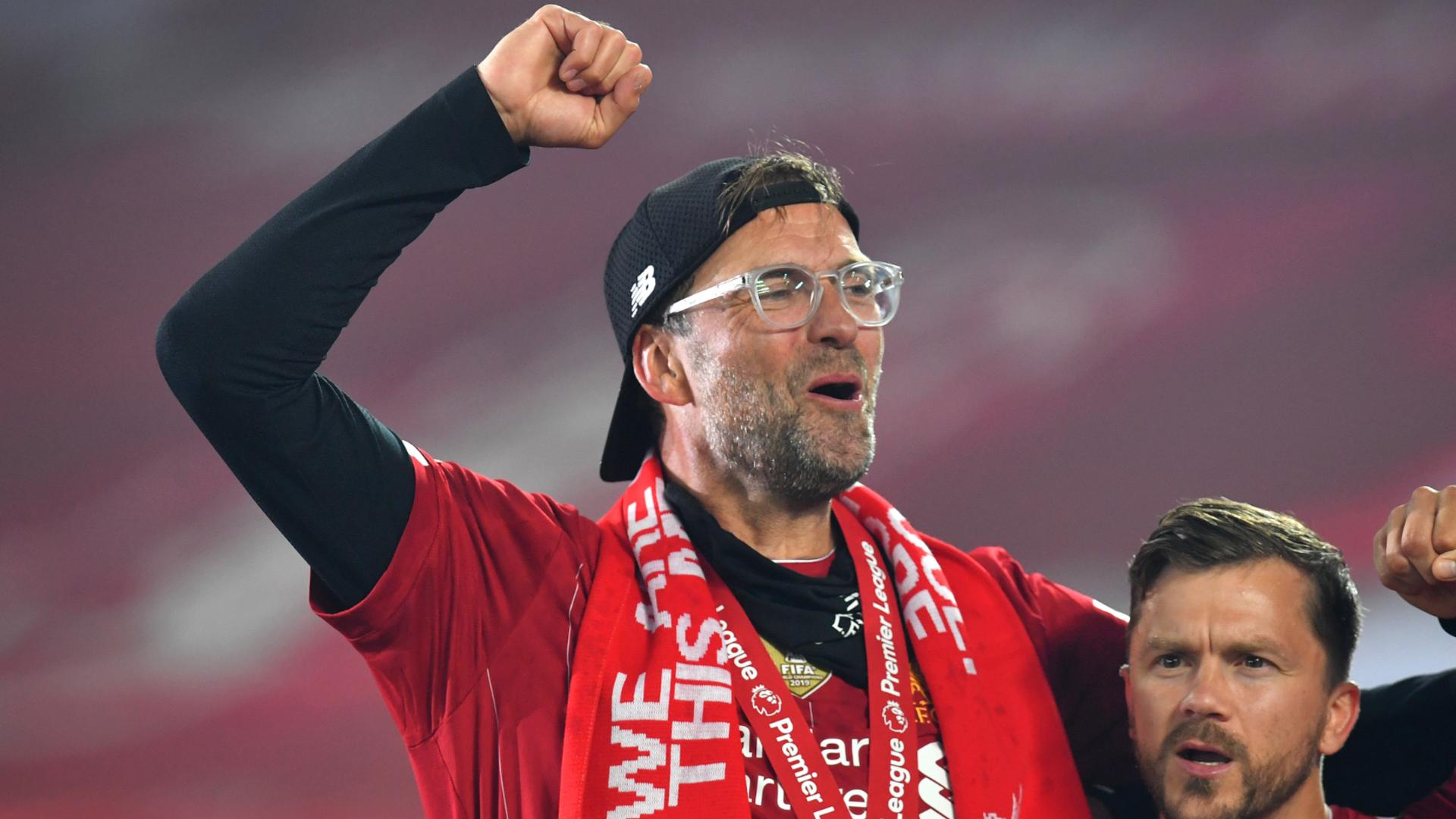 Liverpool dominate nominees for Premier League season awards