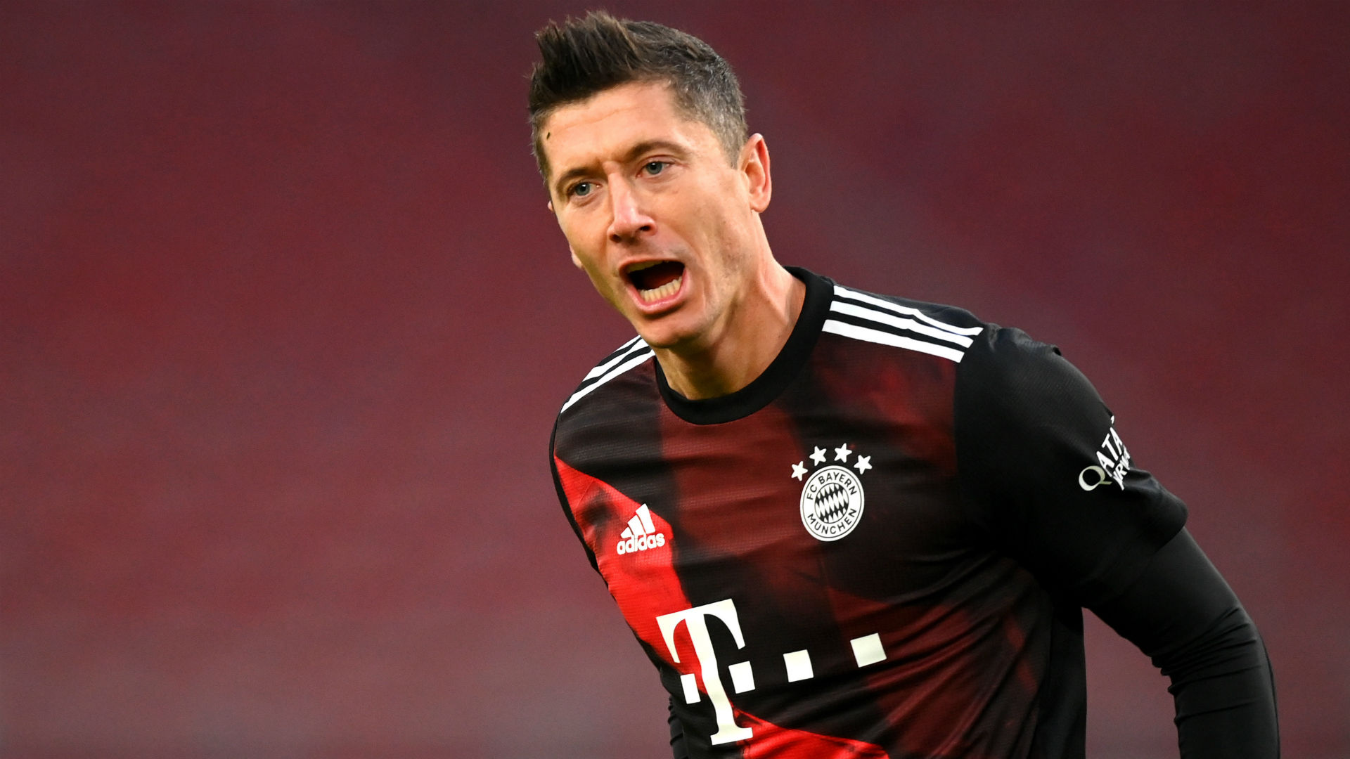 Lewandowski scores 250th Bundesliga goal