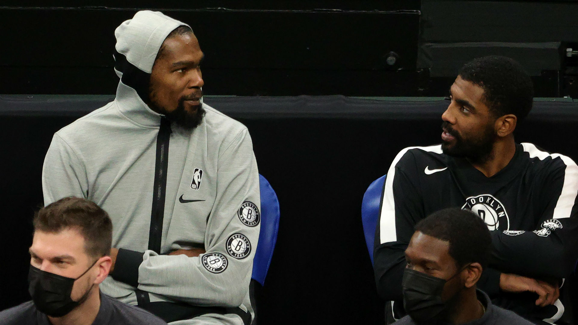 Durant: Kyrie probably sages his room before playing 2K!