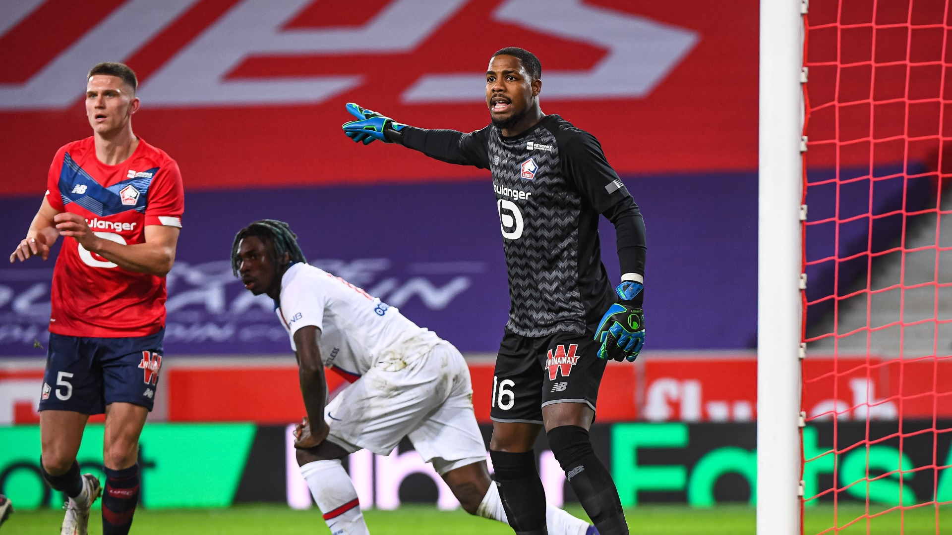 Lille 0-0 Paris Saint-Germain: Toothless champions frustrated in stalemate