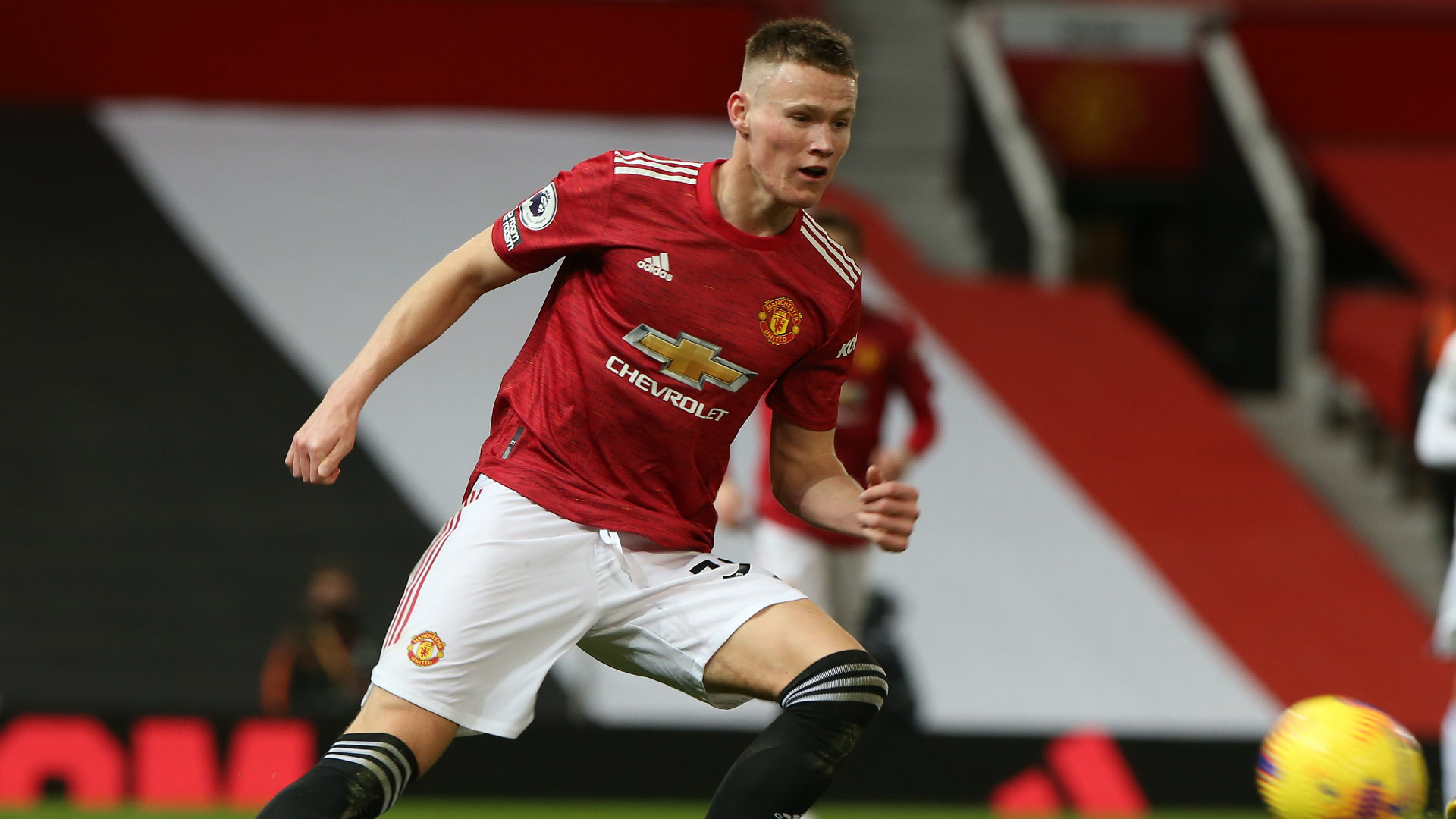 Man Utd pair McTominay and Wan-Bissaka ruled out of Everton tie