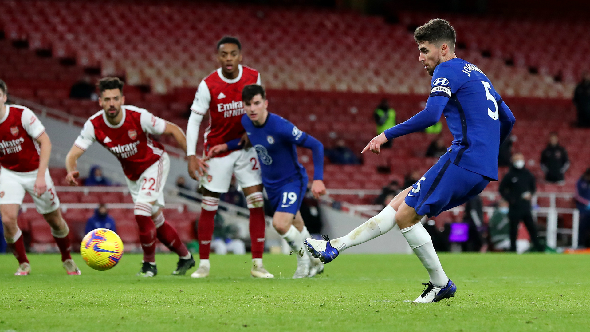 Chelsea pay the penalty as Jorginho matches Lampard with spot-kick miss
