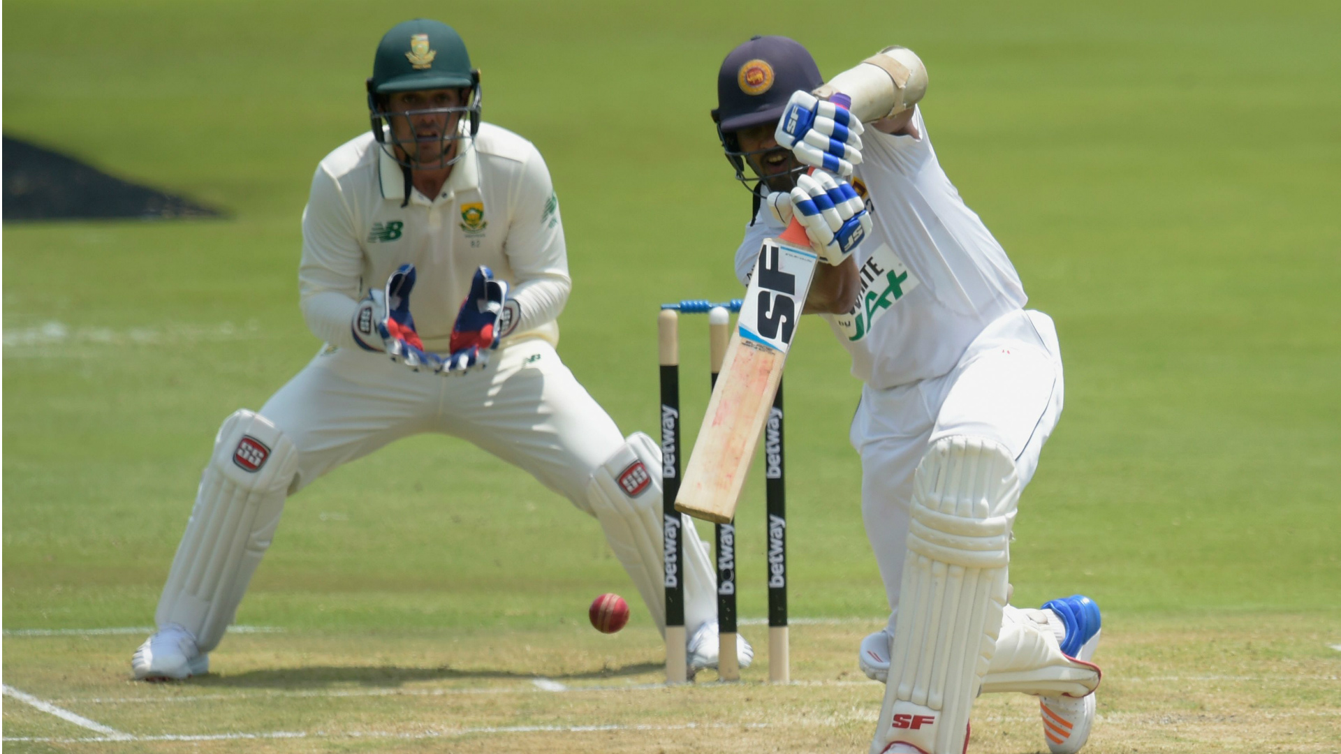 Chandimal and De Silva put Sri Lanka on top against South Africa