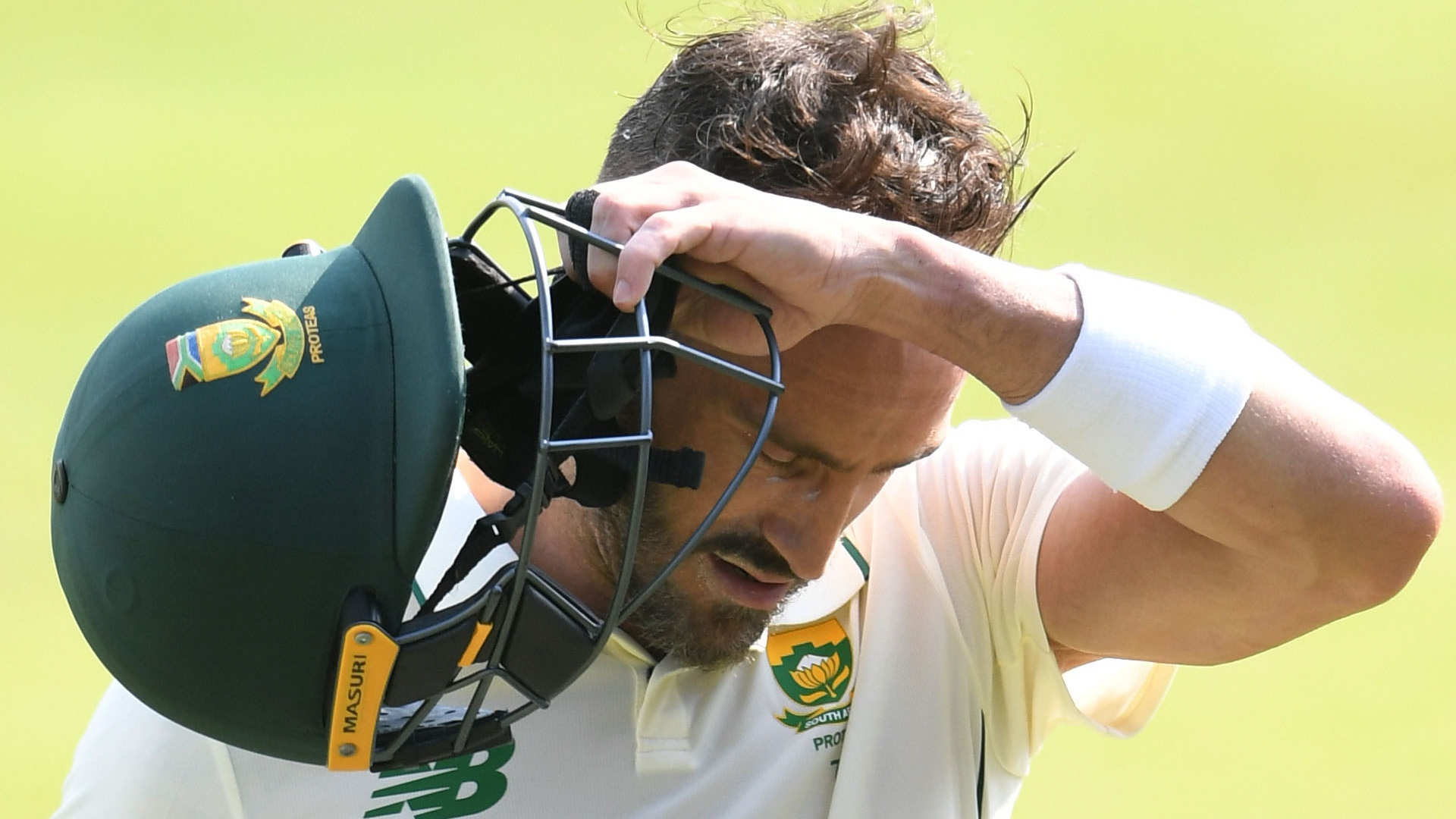 Du Plessis out for 199 as Proteas take charge against Sri Lanka