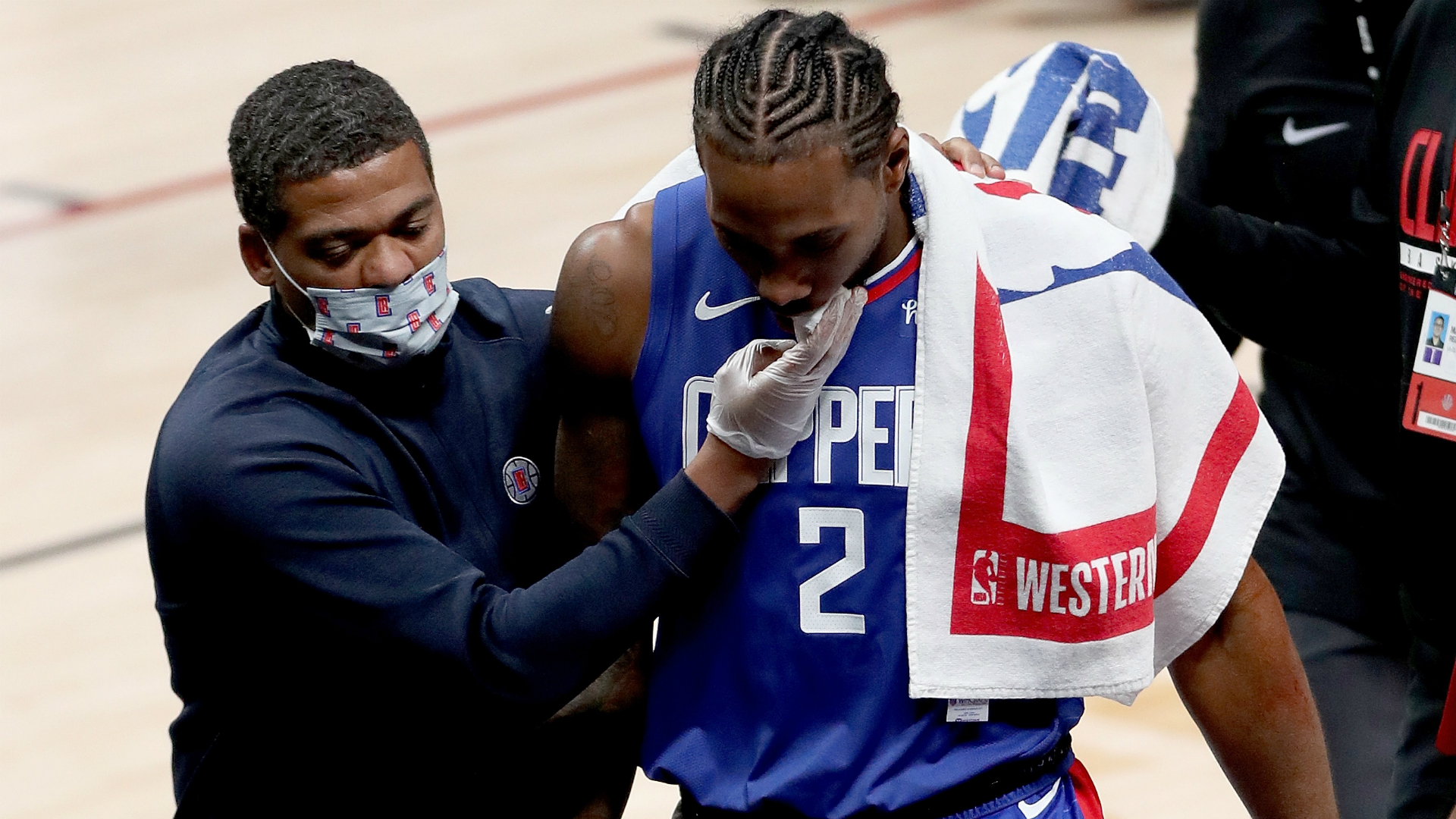 Kawhi Leonard 'day-to-day' as Clippers star remains sidelined