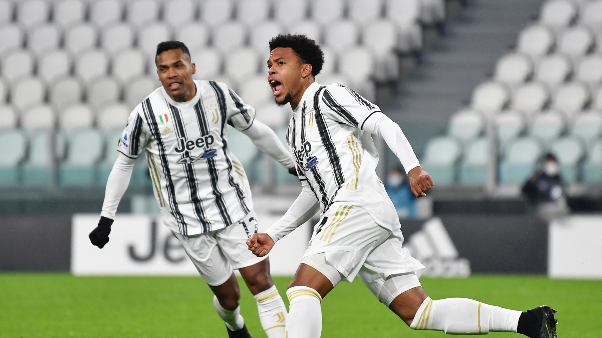 Juventus 2-1 Torino: Champions leave it late to win Turin derby