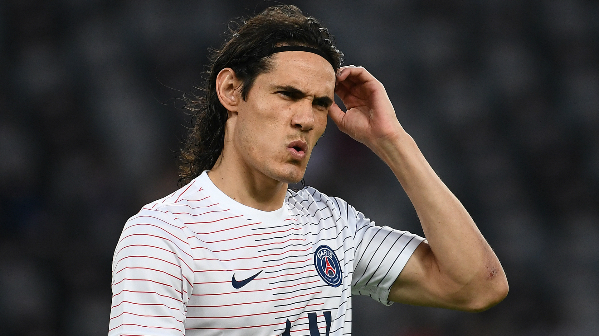 Tuchel tells Cavani 'there are worse things' than staying at PSG