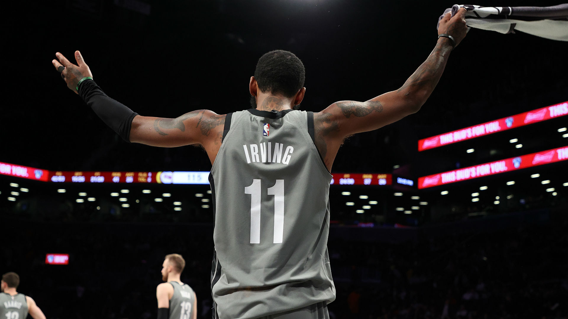 Kyrie Irving uses 'Mamba mentality' to score season-high 54 points for Nets