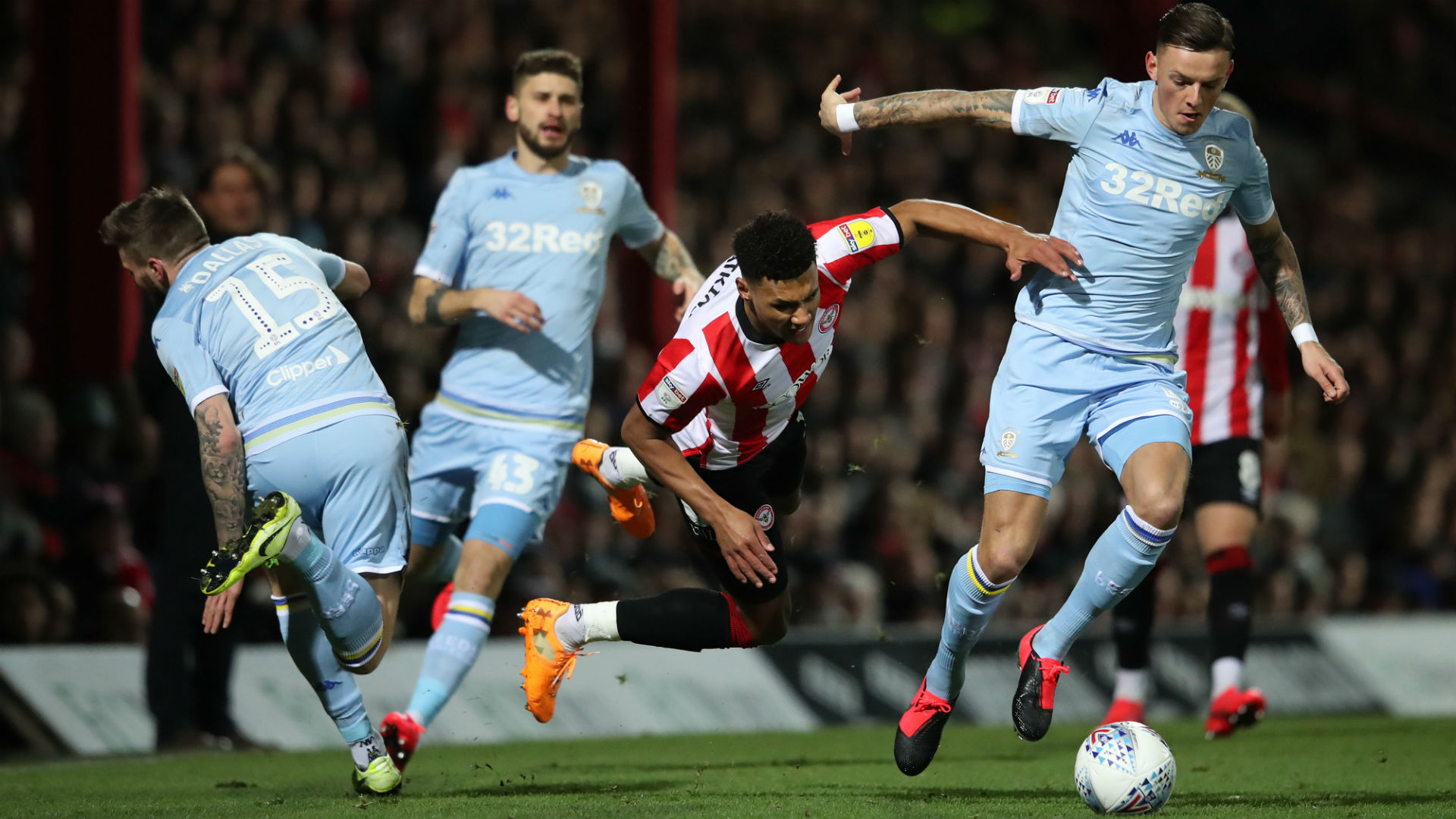 Championship: Leeds salvage draw despite another Casilla error, Forest lose at home to Charlton
