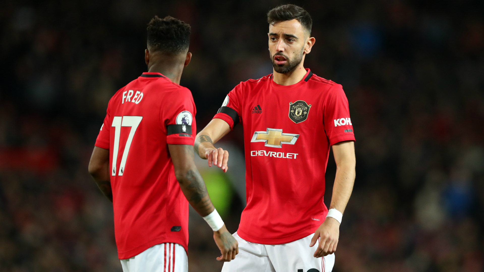 Neville impressed by Bruno Fernandes' Man Utd debut despite Veron concerns
