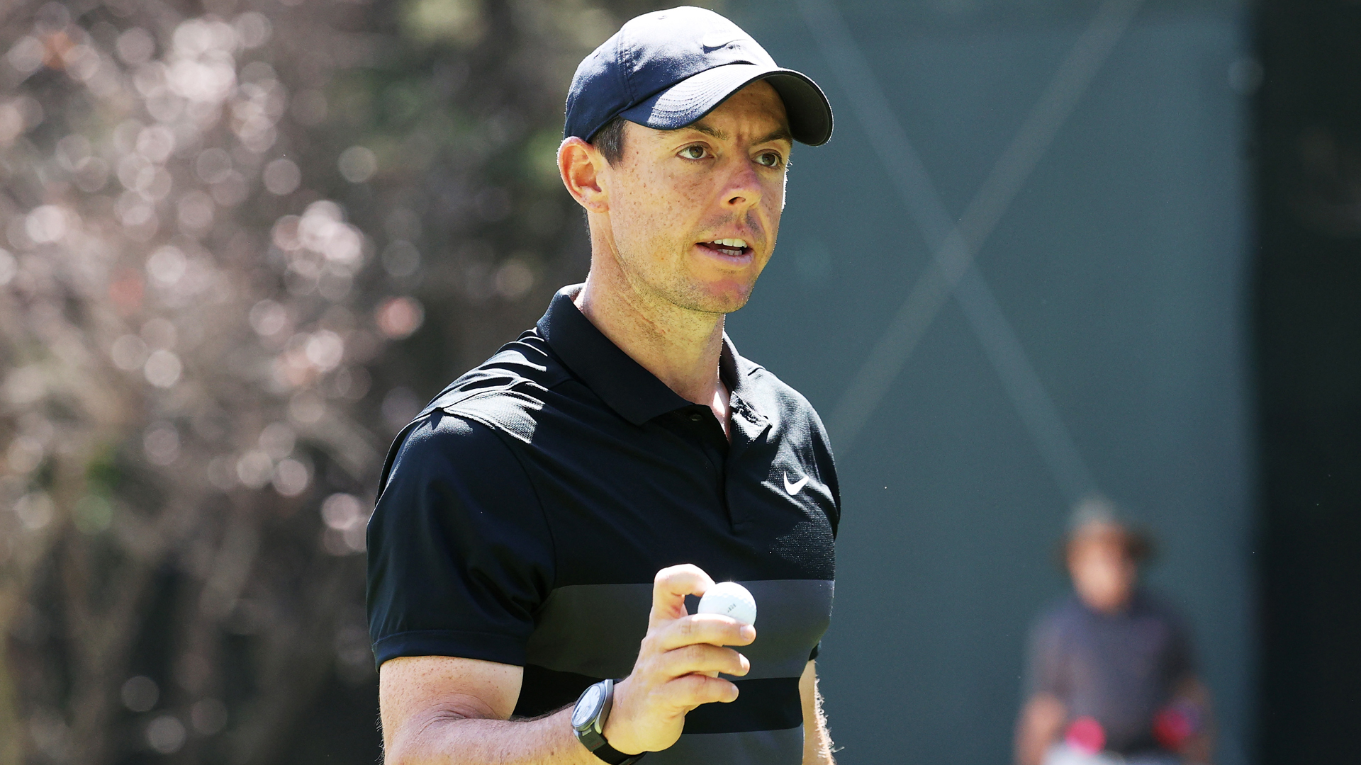 McIlroy grabs two-stroke lead in Mexico