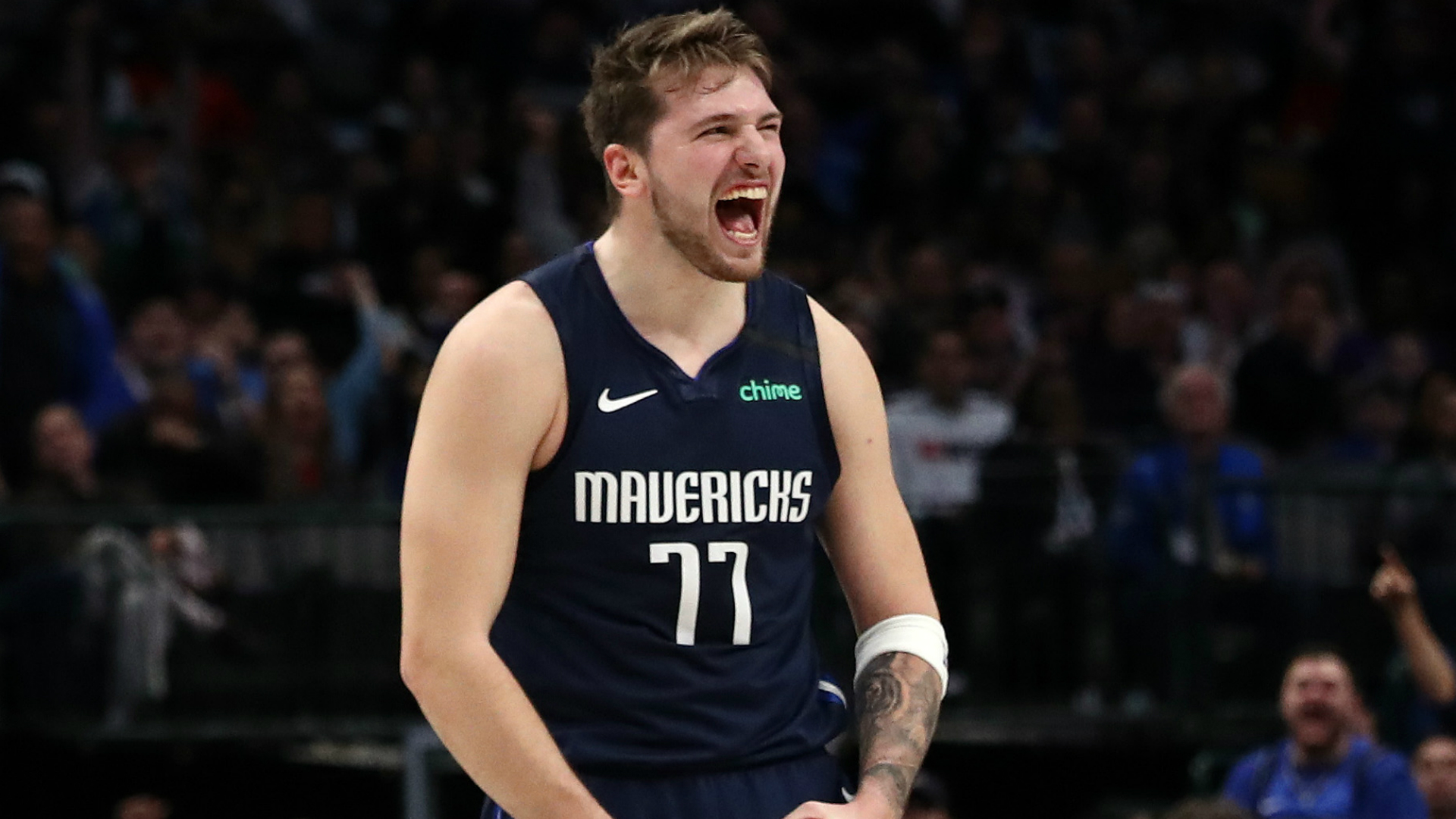 Doncic matches Mavs record as Kawhi leads Clippers, 76ers' woes mount