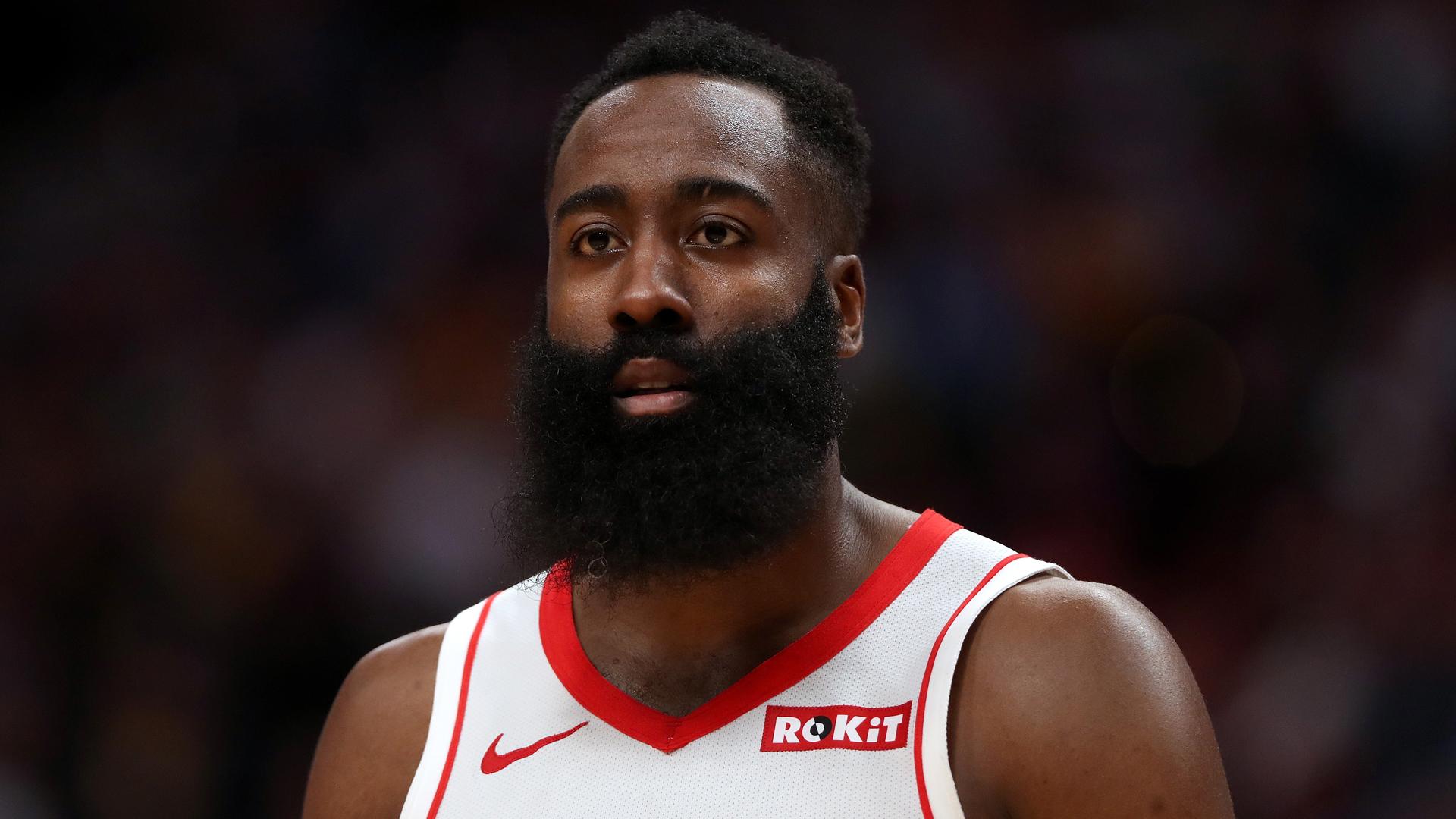 Harden lifts Rockets, Giannis leads Bucks