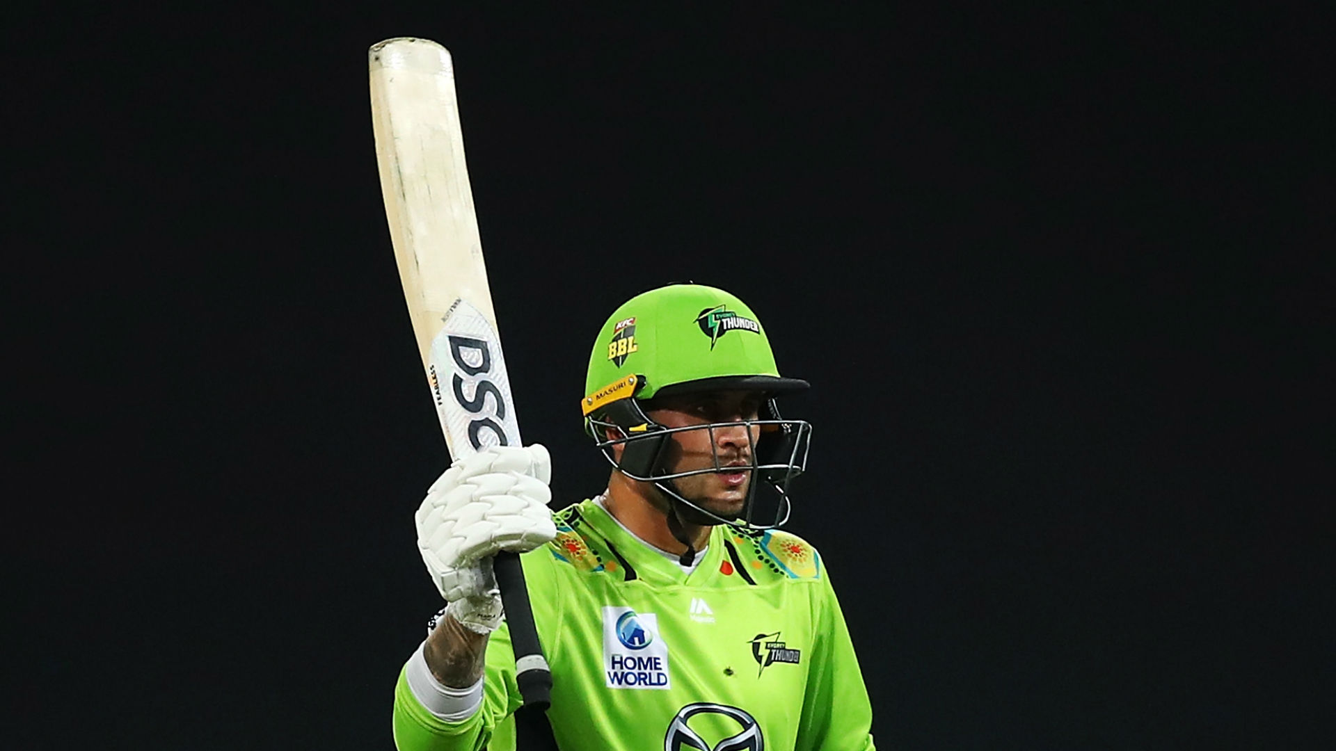 Hales helps Thunder defeat Hurricanes