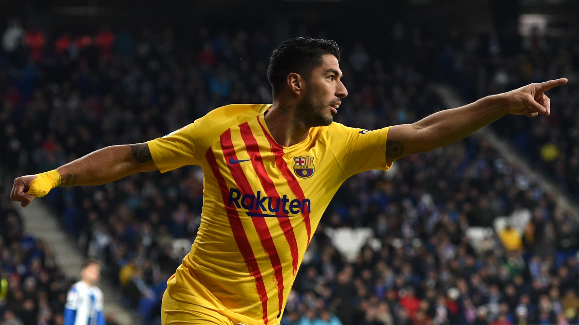 Luis Suarez set for knee surgery, Barcelona confirm