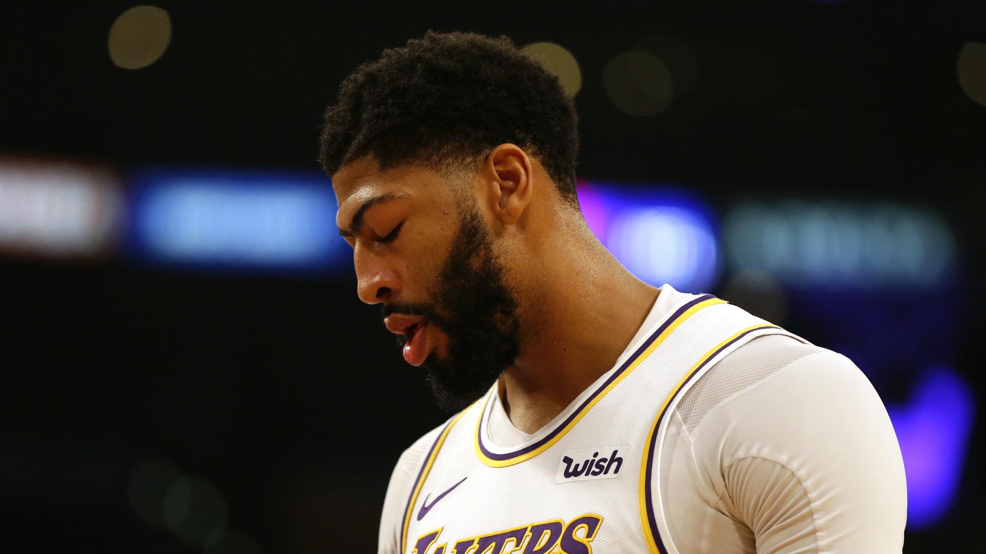 Davis joins Lakers star LeBron on sidelines