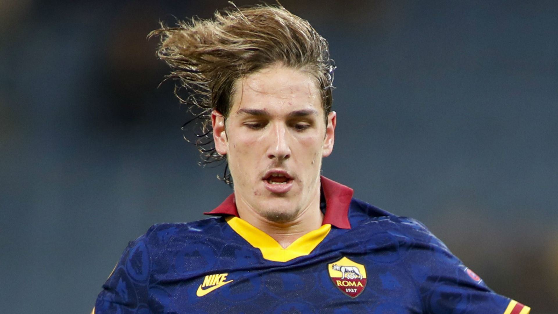 Roma's Zaniolo suffers serious-looking injury in front of Italy coach Mancini