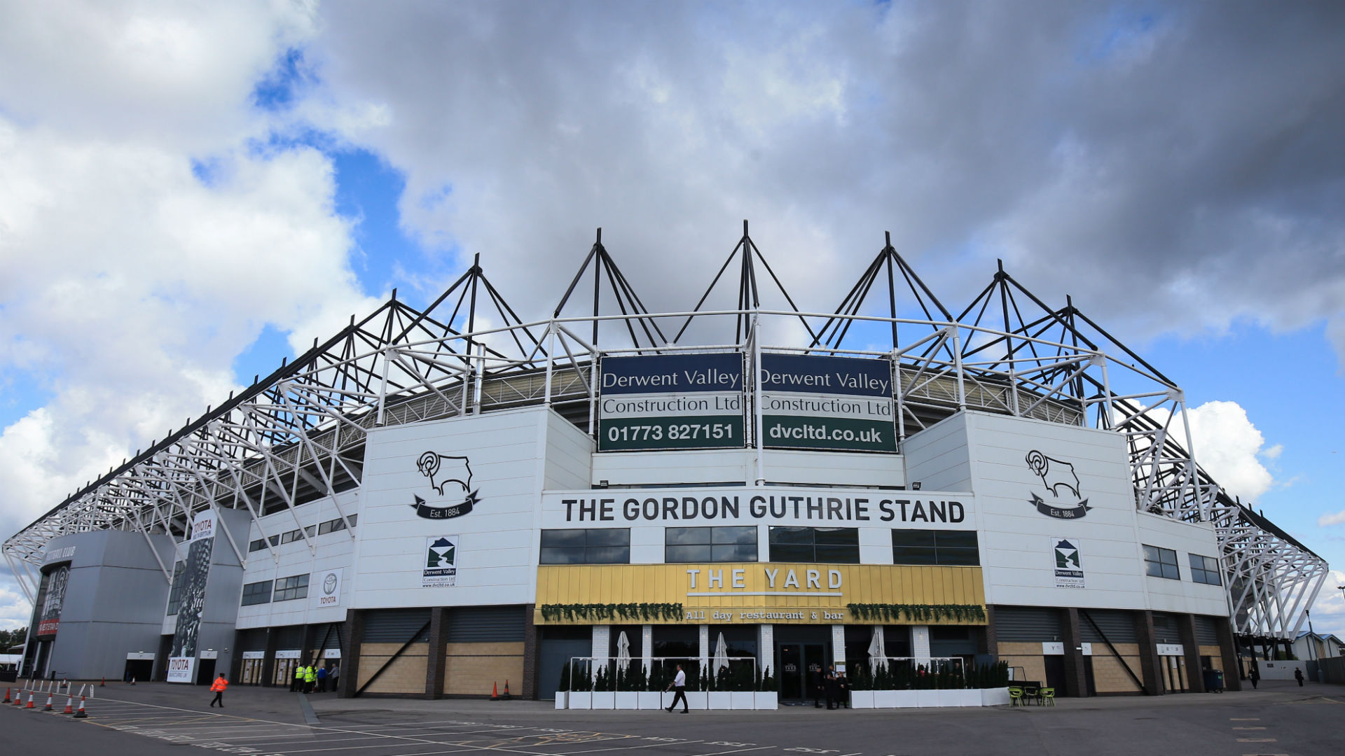Derby County 'vigorously contest' EFL charges of spending breach