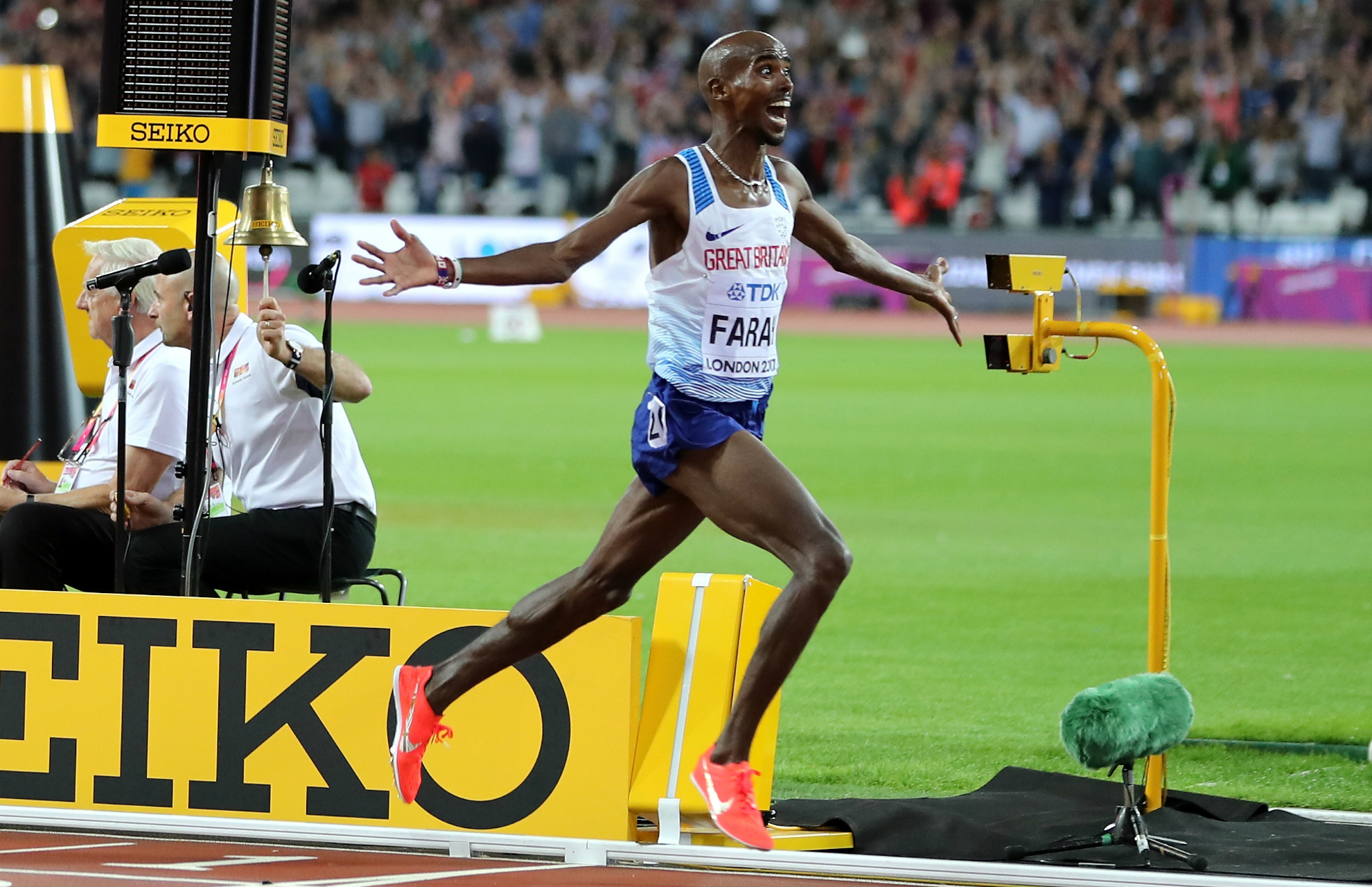 Mo Farah gives WADA go-ahead to retest doping test samples