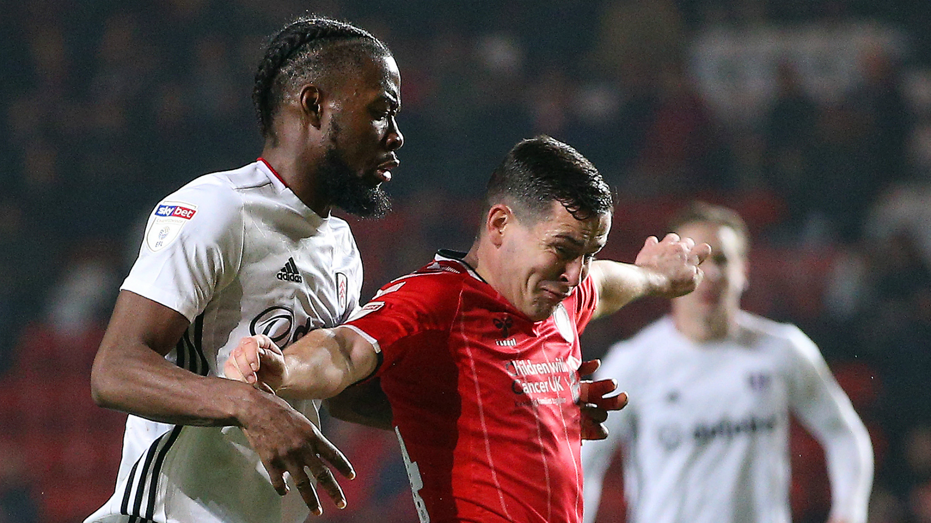 Championship: Promotion hopefuls Fulham and Forest held to draws