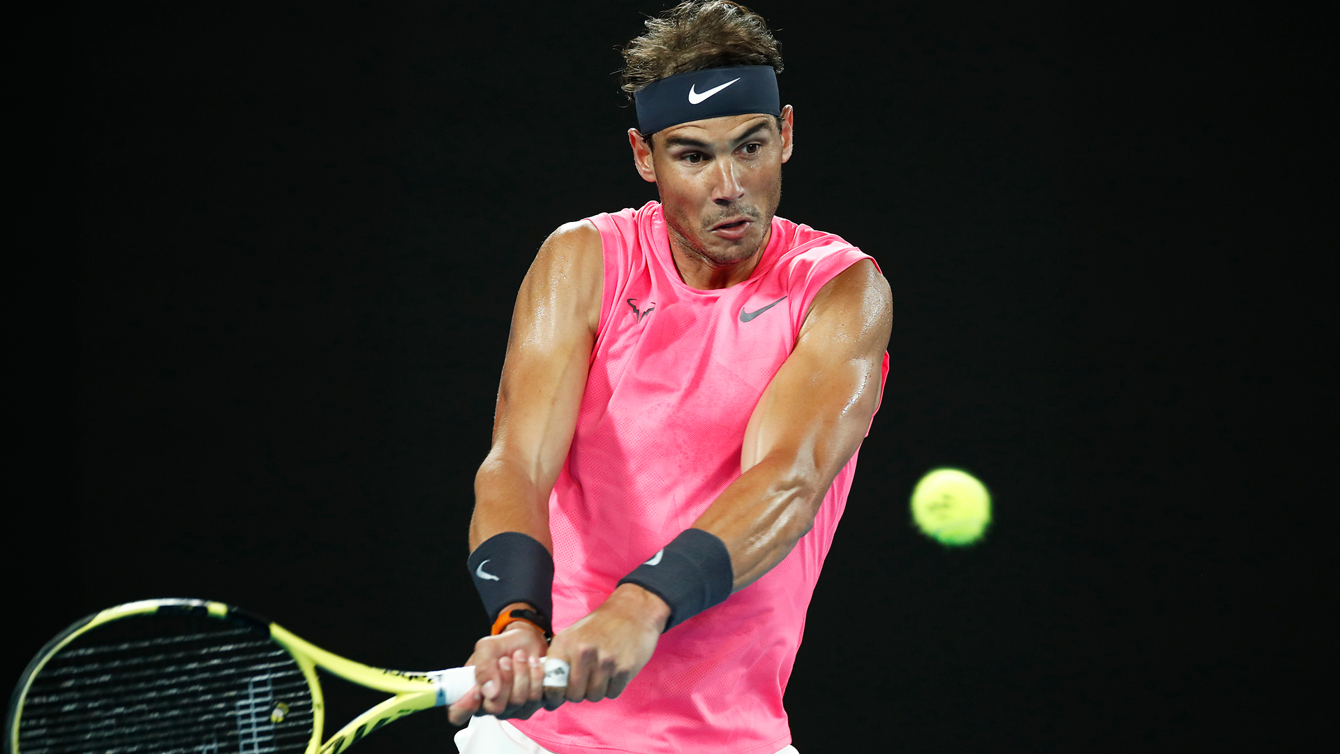 Australian Open 2020: Nadal, Medvedev through as Wawrinka survives