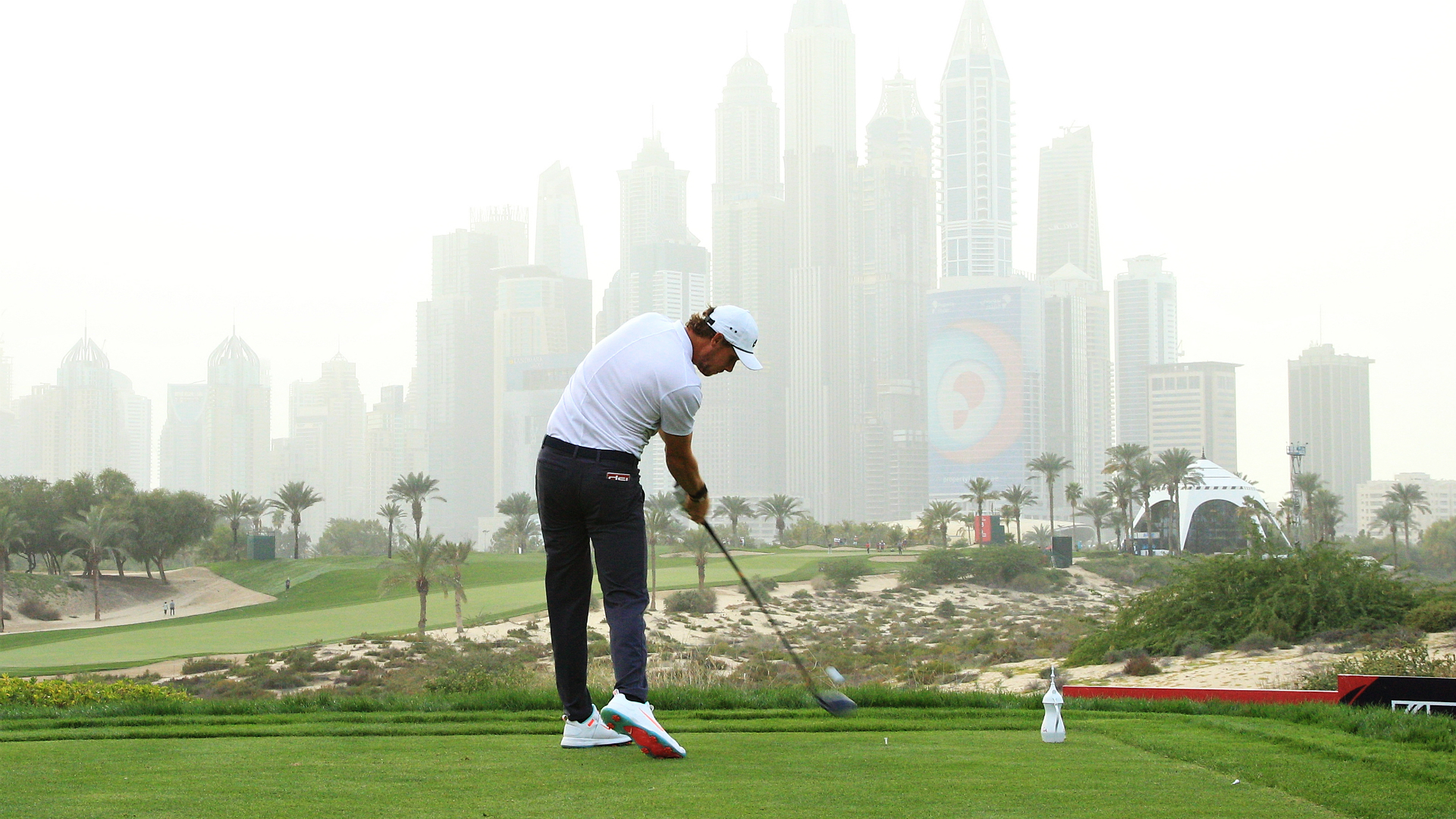 Pieters leads in Dubai but it's Westwood woe for Abu Dhabi champion