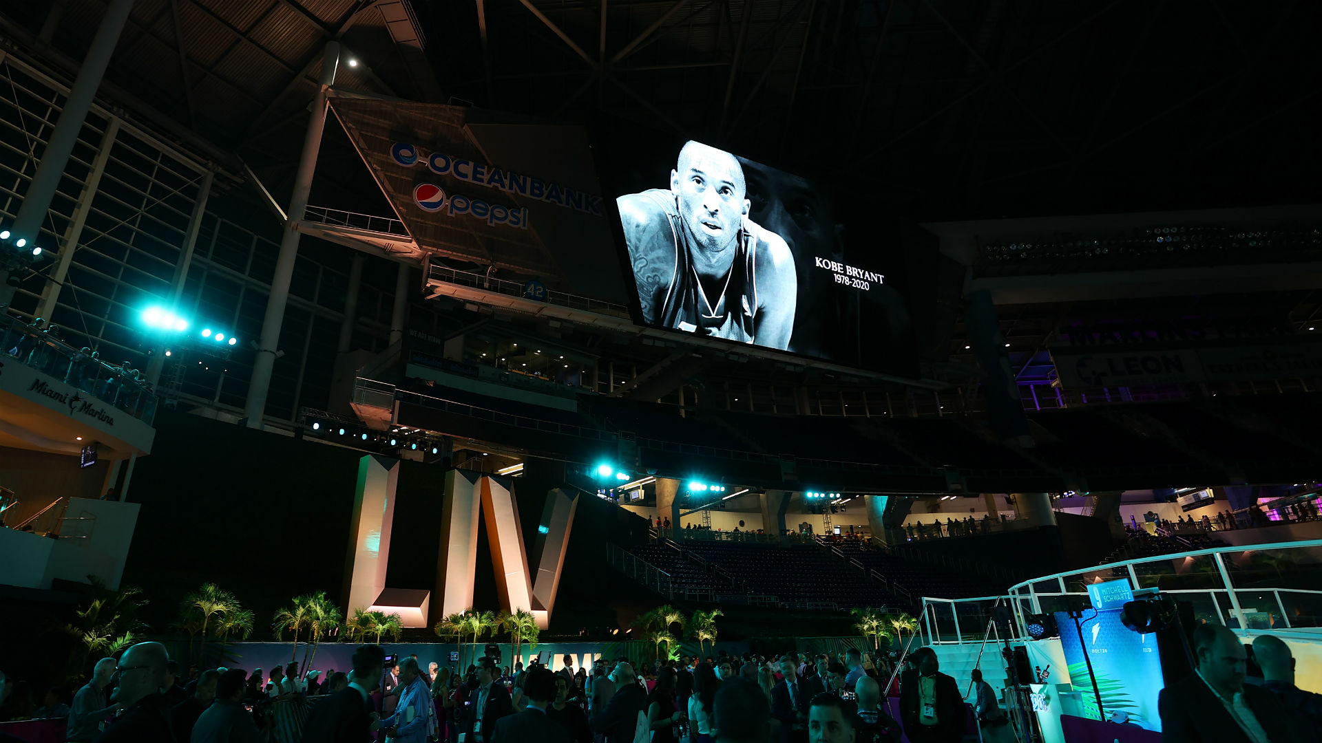 Kobe Bryant dead: NFL players pay tribute during Super Bowl Opening Night