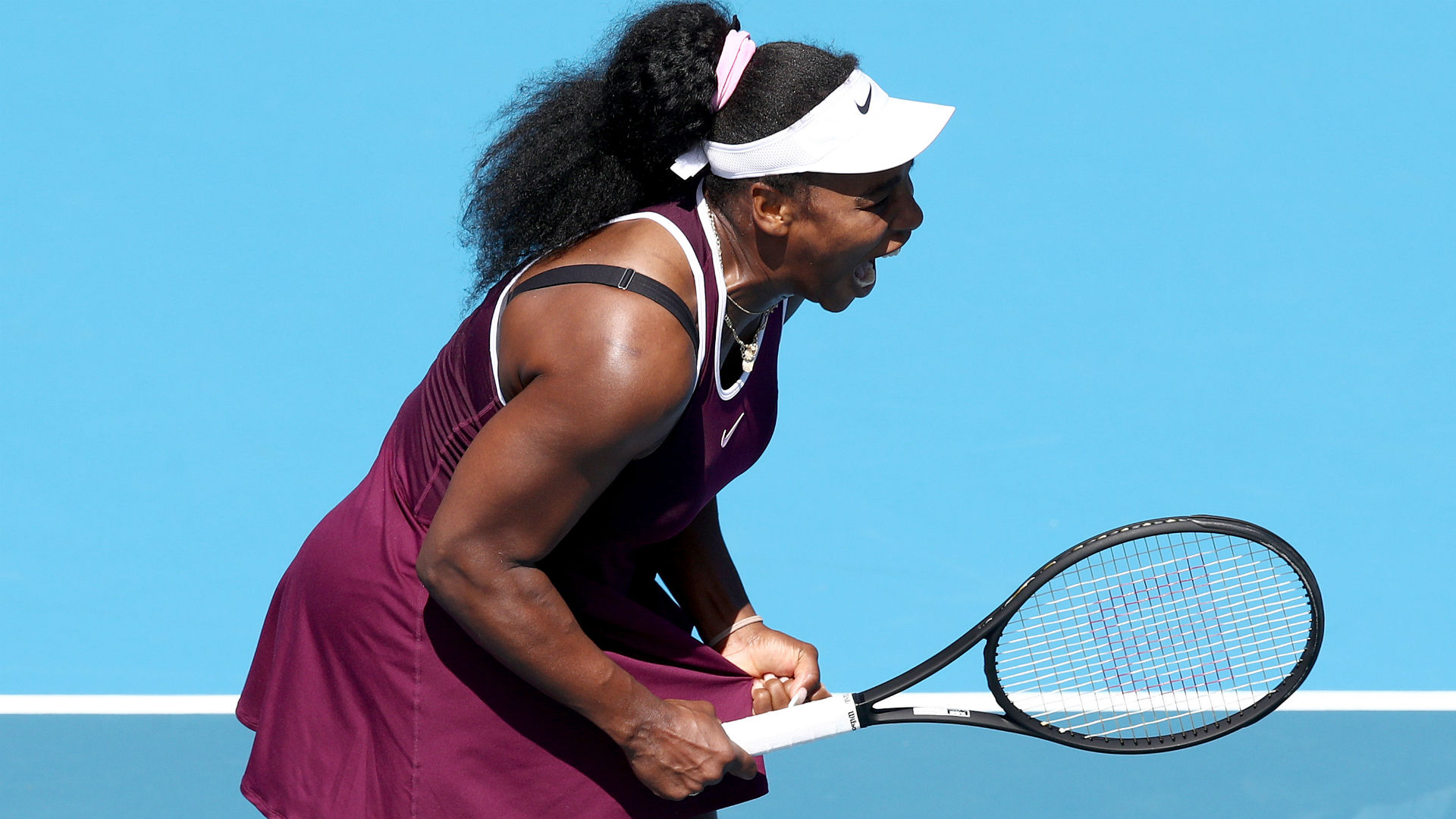 Serena and Osaka continue Australian Open preparations with battling wins