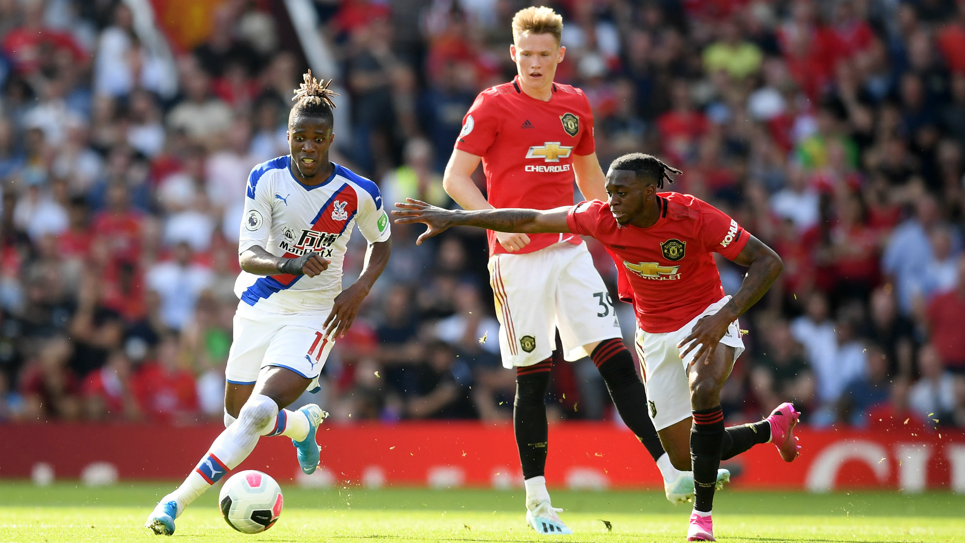 Man Utd star Wan-Bissaka says Zaha tests braced him for Premier League life