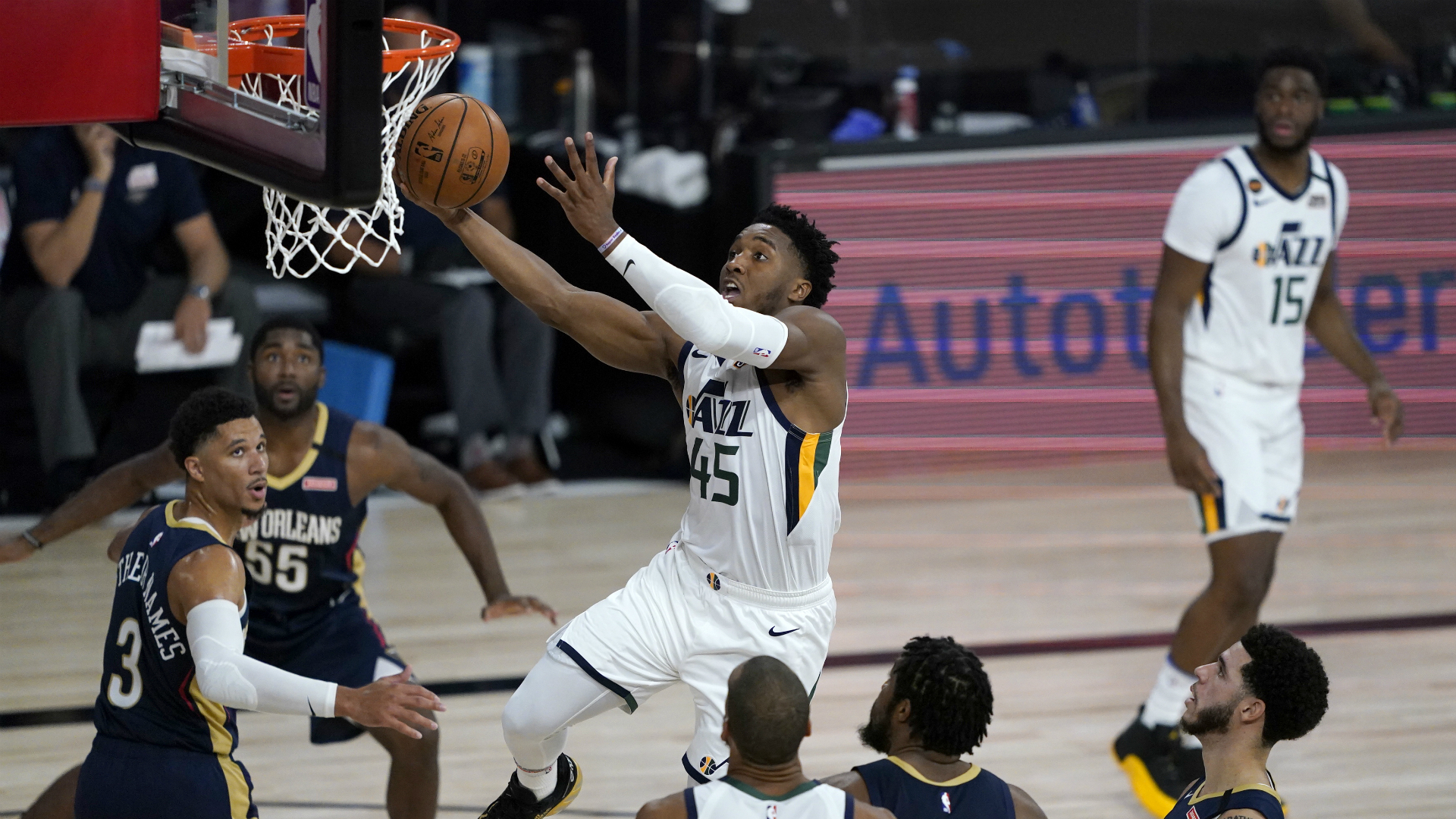 NBA returns as Jazz edge Pelicans in Orlando bubble