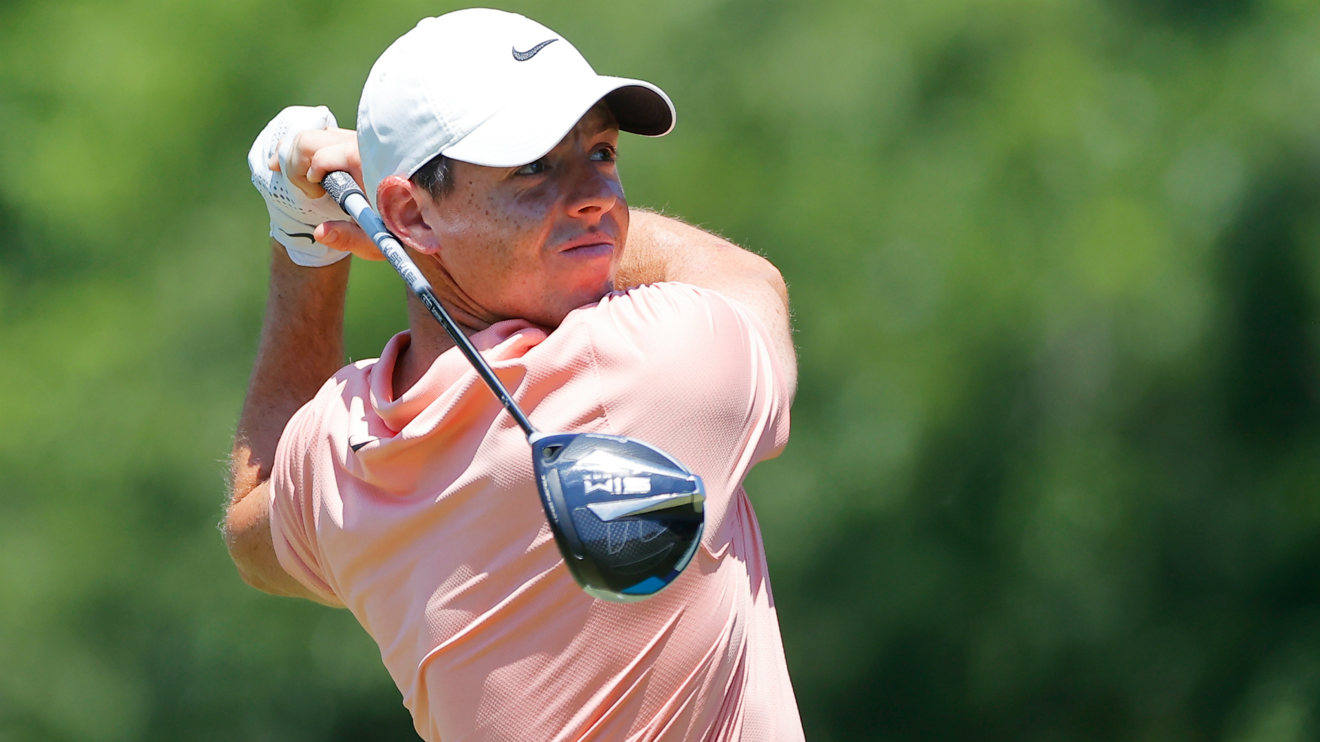 Rory McIlroy and Justin Rose three off the lead in Texas
