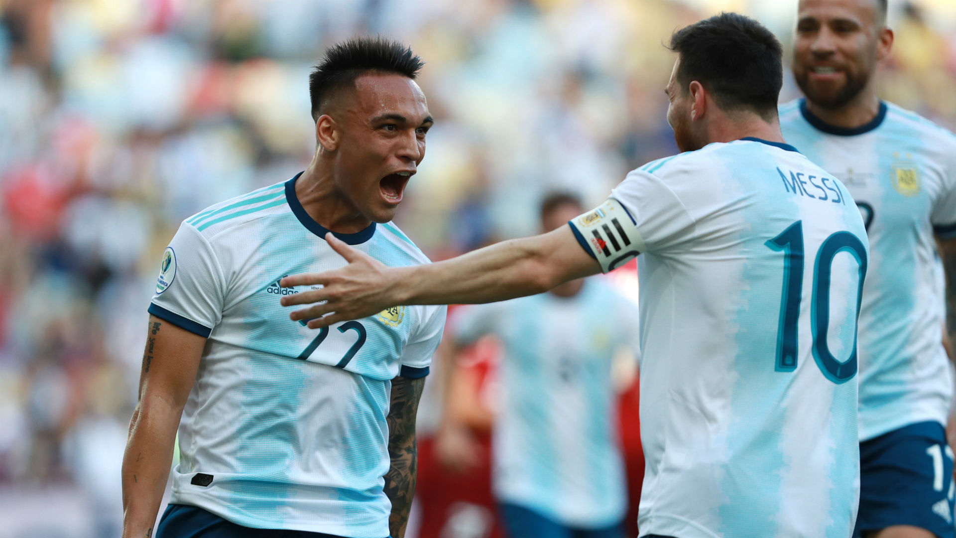 Scaloni: If Barca target Martinez plays with Messi, he is much better