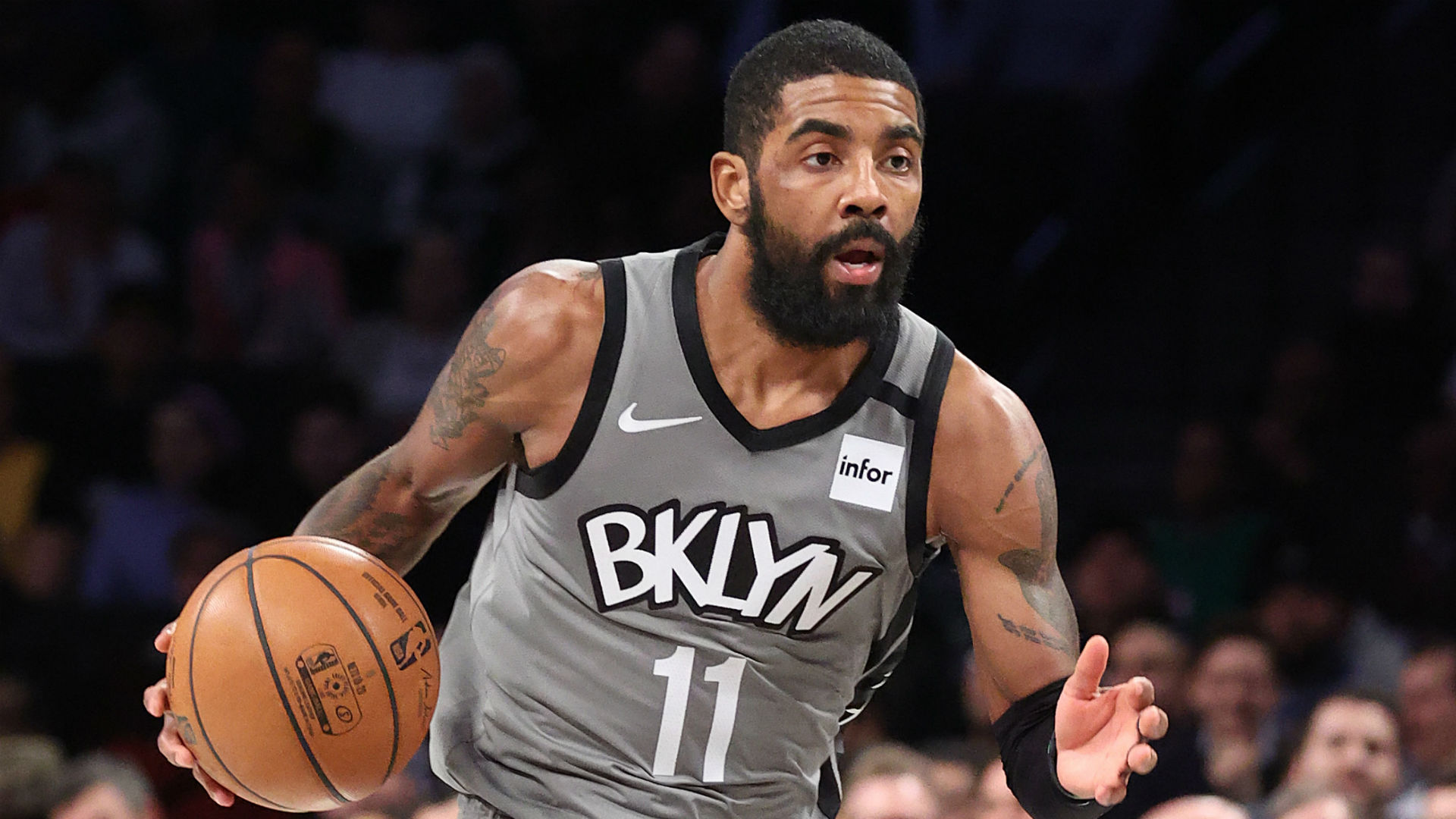 Kyrie Irving undergoes successful shoulder surgery