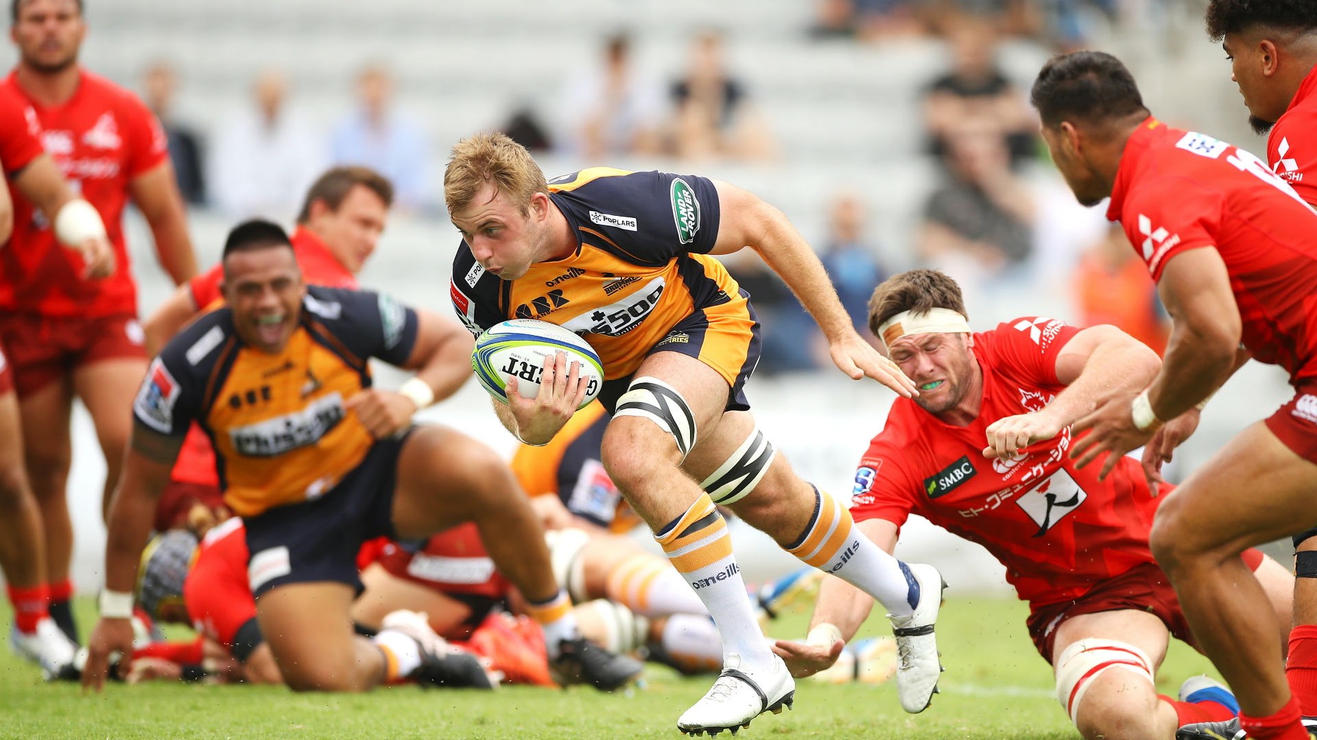 Brumbies, Chiefs triumph in Wollongong double-header