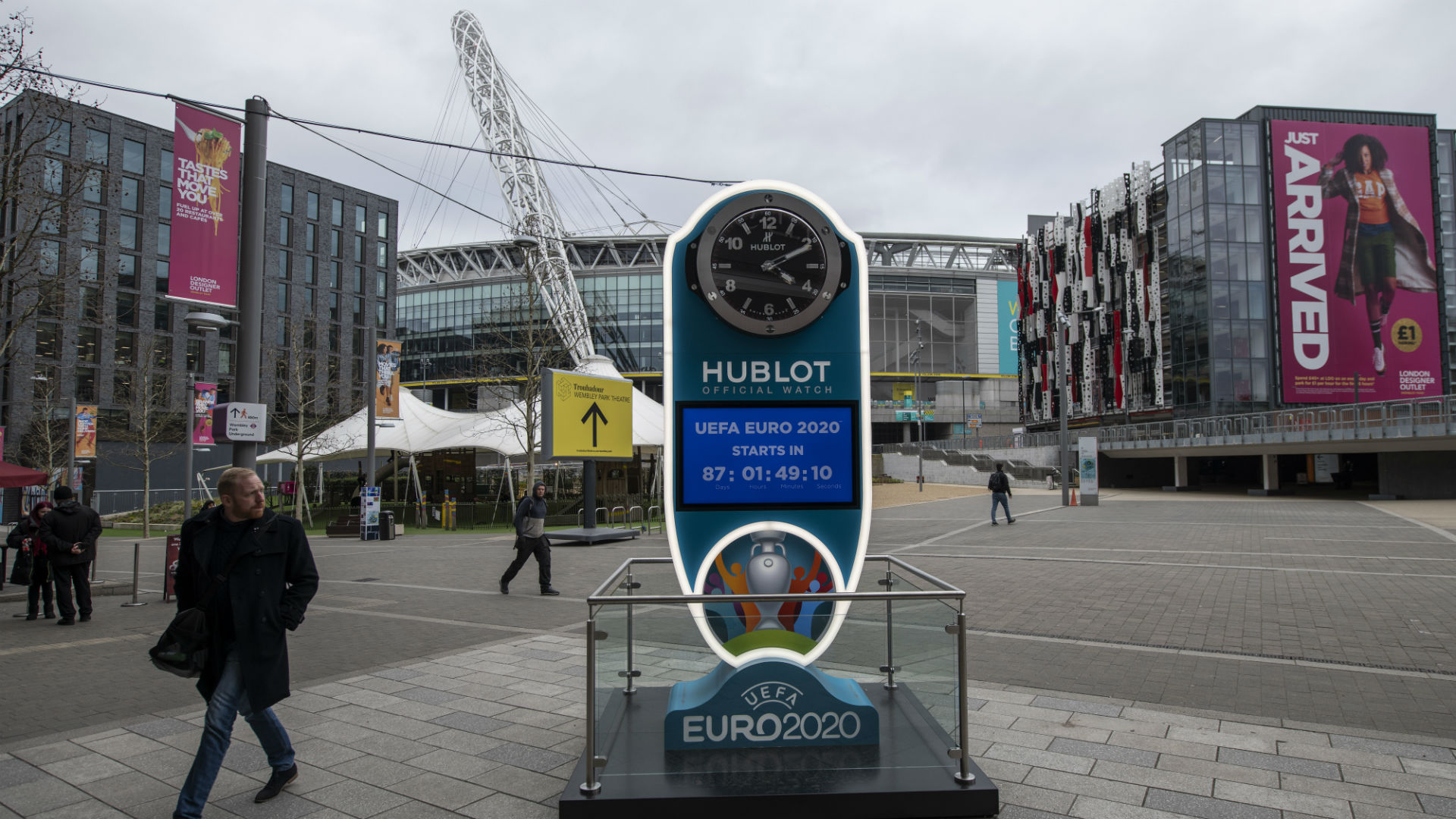 Coronavirus: Euro 2020 host city uncertainties force UEFA meeting delay