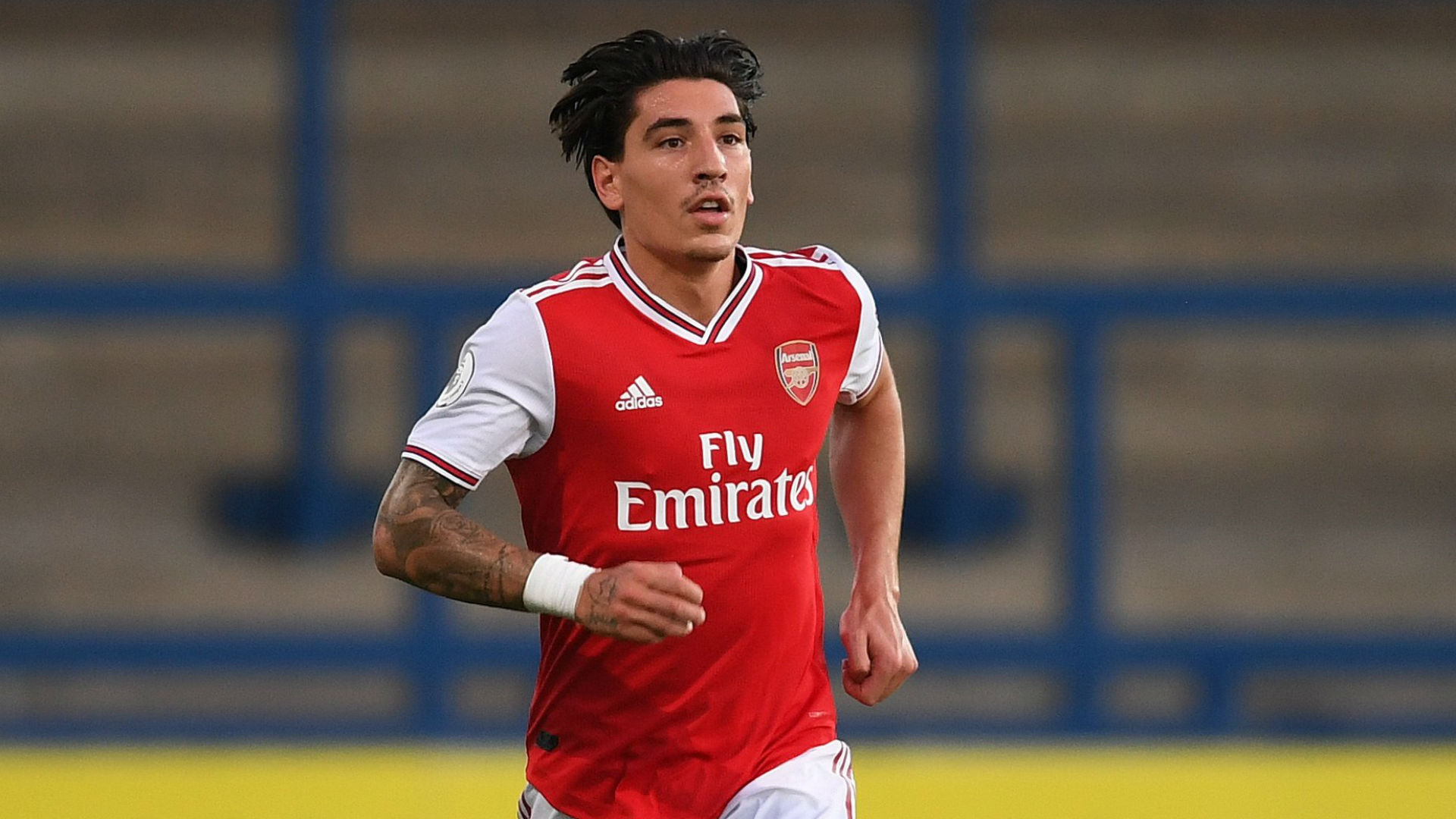 Bellerin grateful to early Arteta advice as he looks to assume role model mantle
