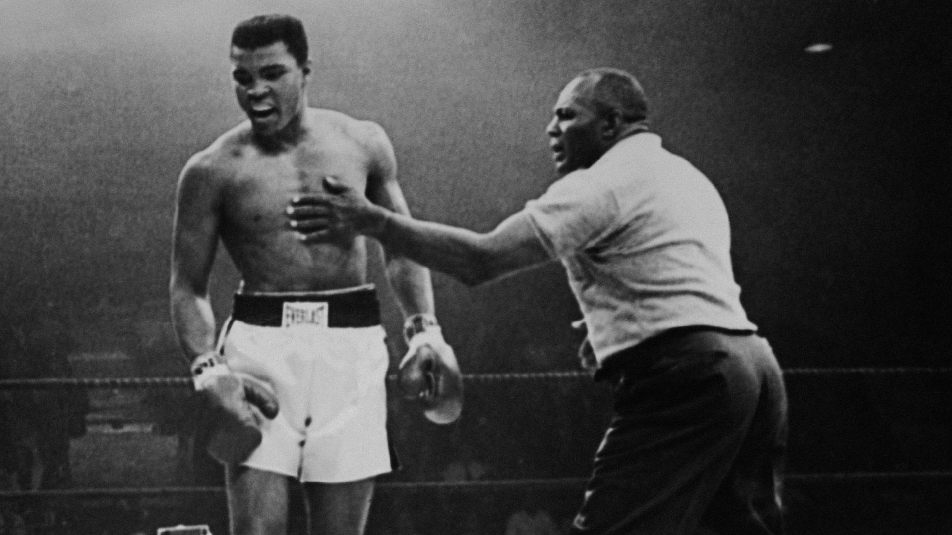 On this day in sport: Ali wins controversial Liston rematch, Liverpool pull off Istanbul miracle
