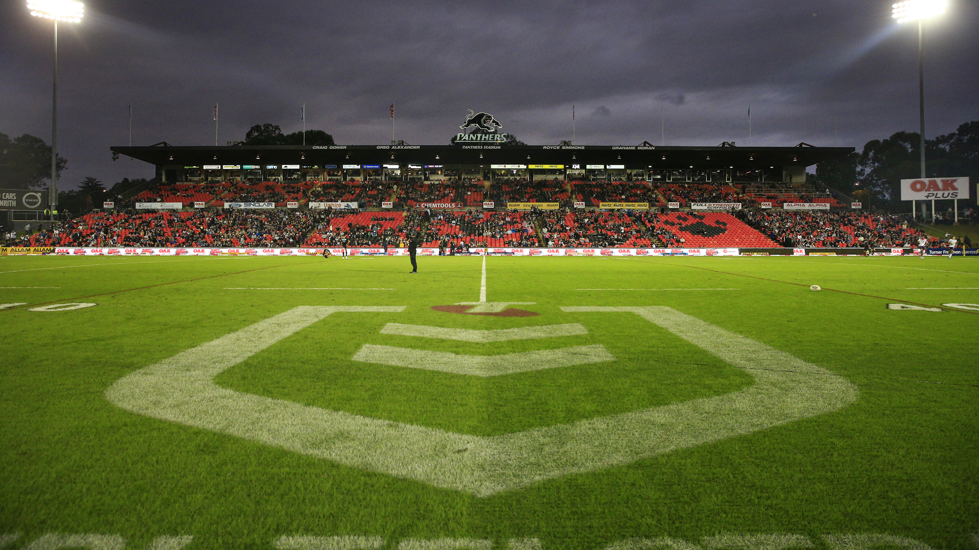 Coronavirus: NSW premier 'can't see' crowds at NRL in July, V'landys says fans should be back