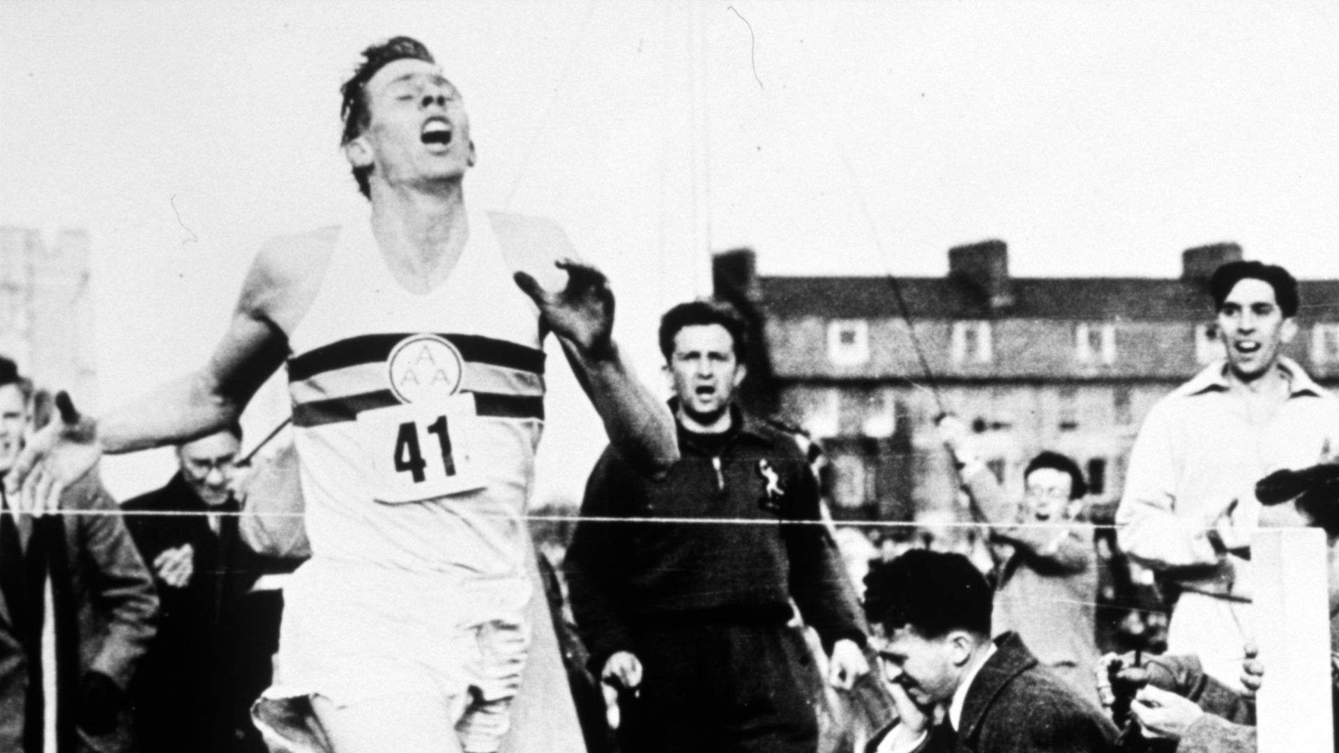Bannister's mile, Comaneci's perfect 10, Lara's 400 - Sport's landmark feats