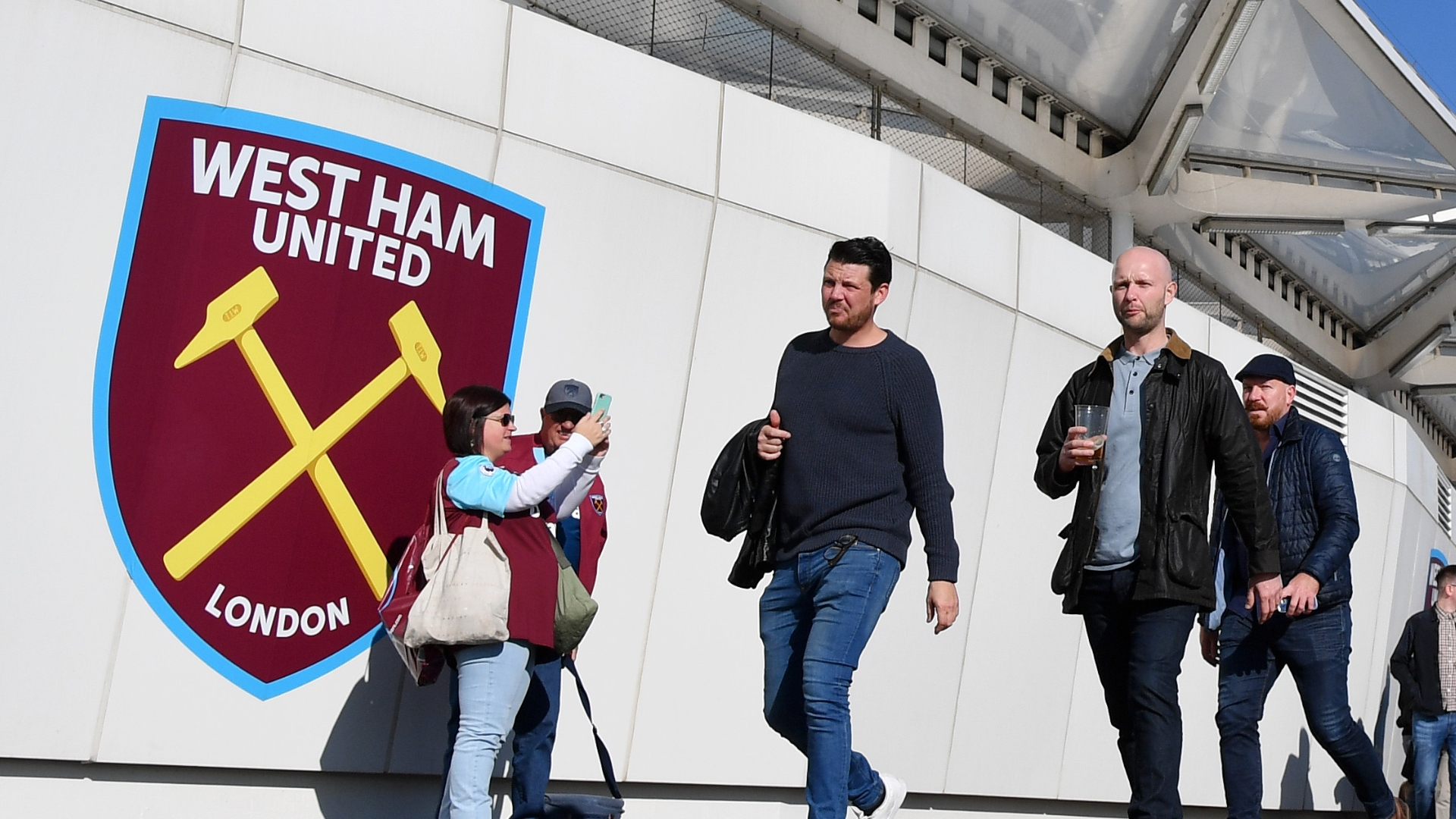 Coronavirus: Premier League clubs set to welcome fans as restrictions eased