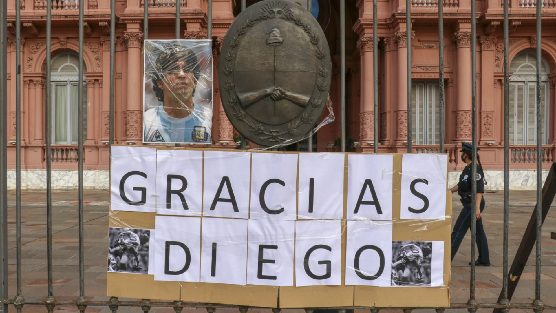 Diego Maradona dies: Fans parade past coffin as Buenos Aires reels from Argentina great's demise