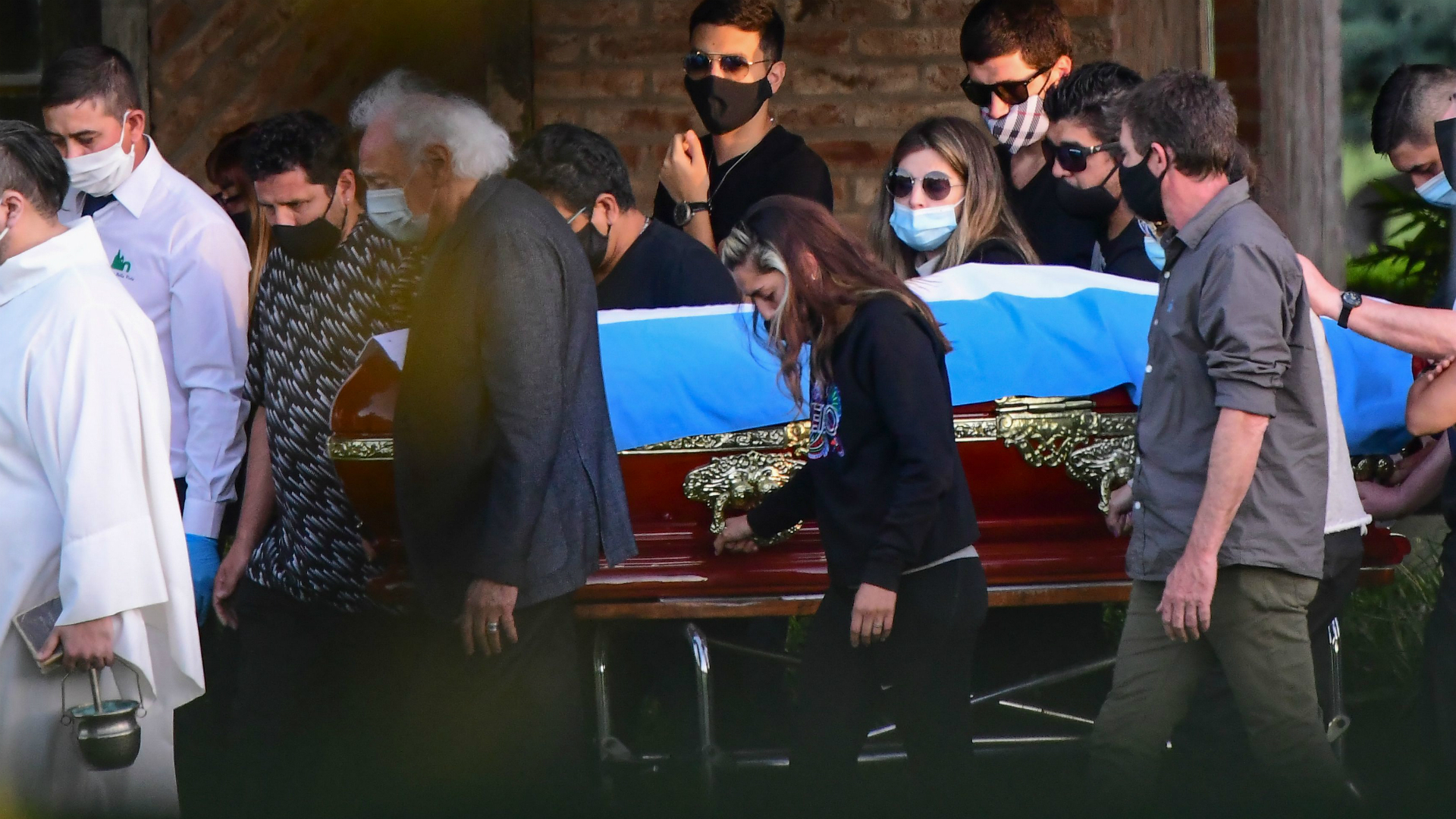 Diego Maradona dies: Argentina and Napoli great's lawyer hits out at emergency services