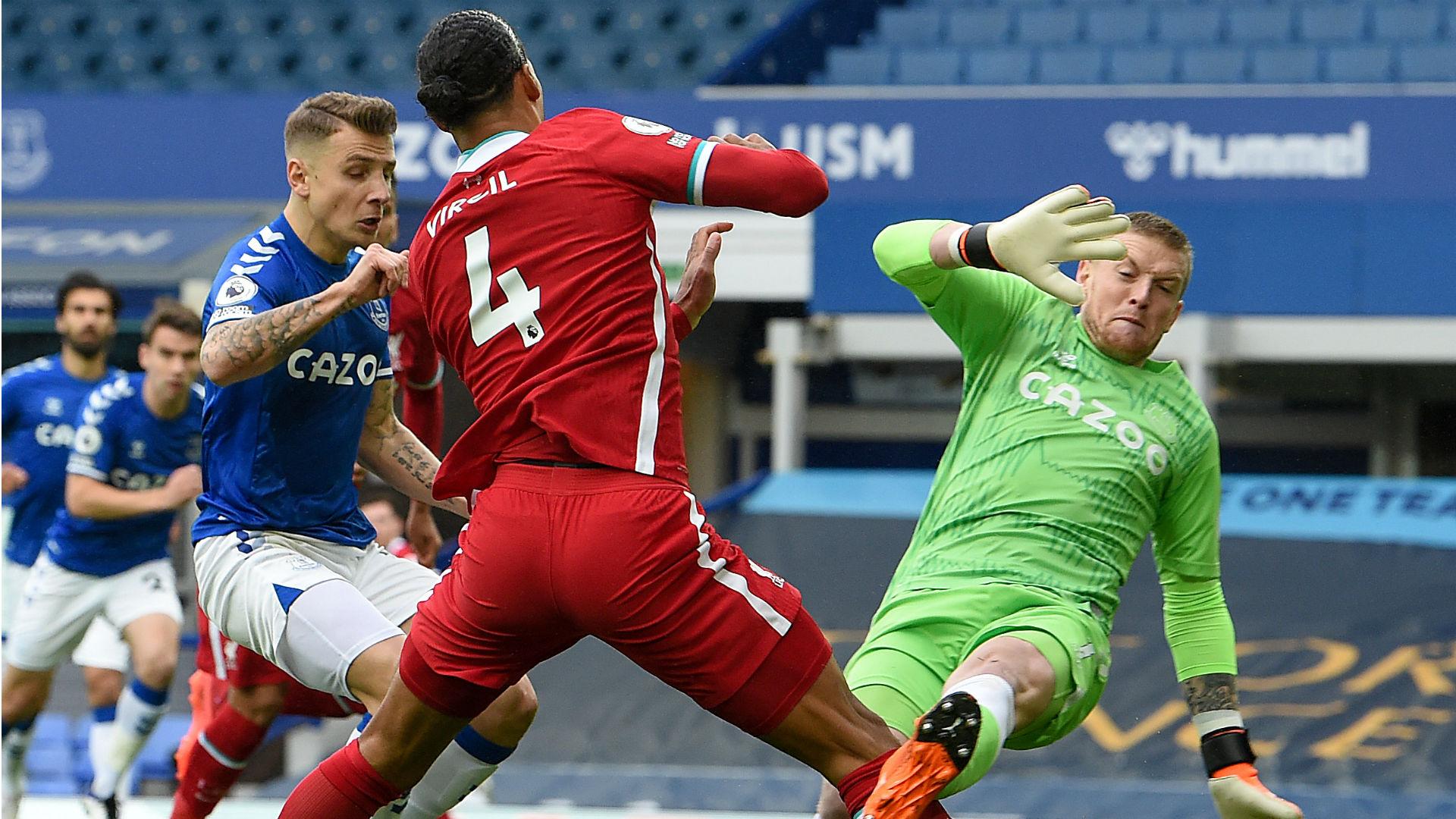 Wijnaldum slams 'unacceptable' Everton after Van Dijk injury