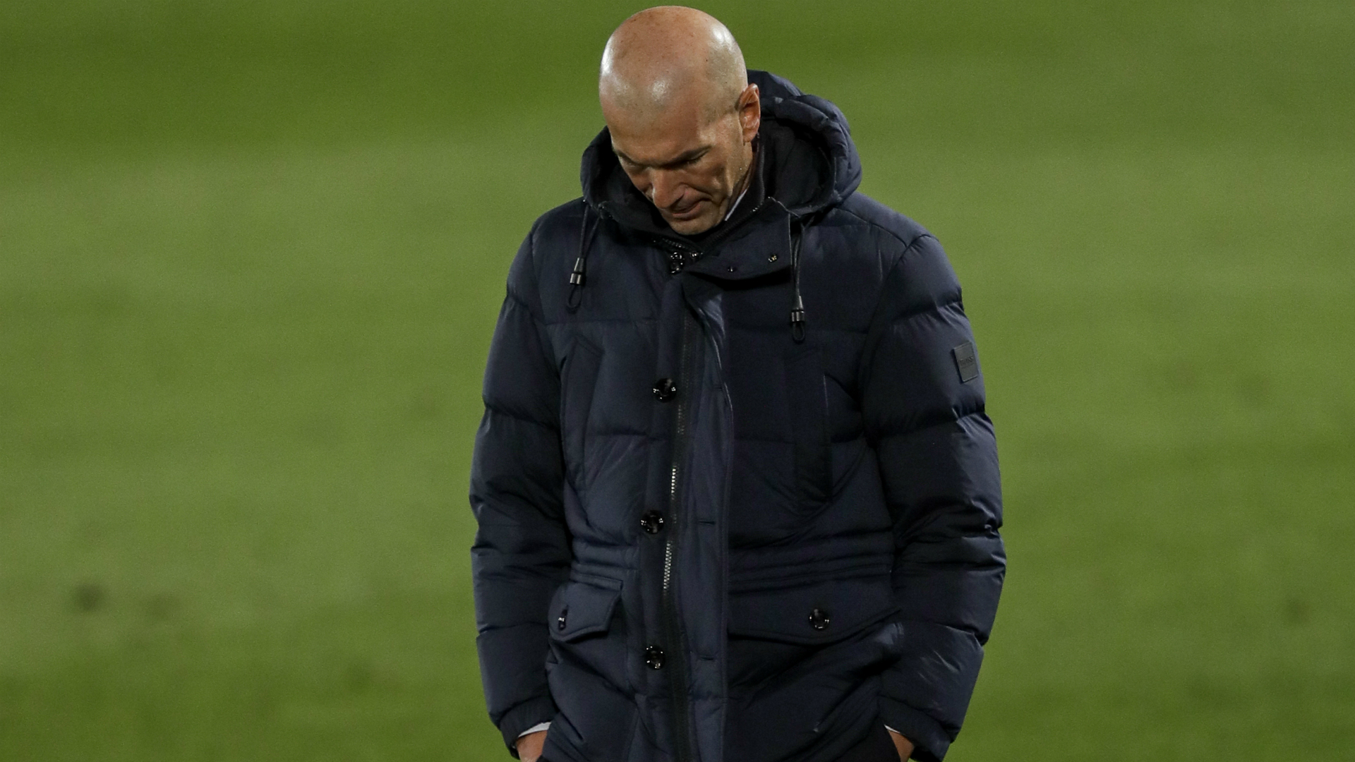 Rumour Has It: Real Madrid's Zidane facing sack, Barca lead Juve in Traore chase