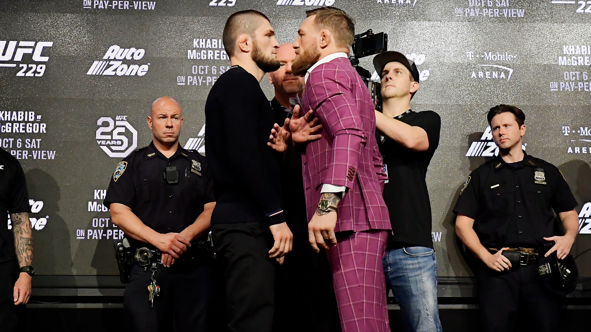 McGregor and other UFC greats congratulate retiring Khabib