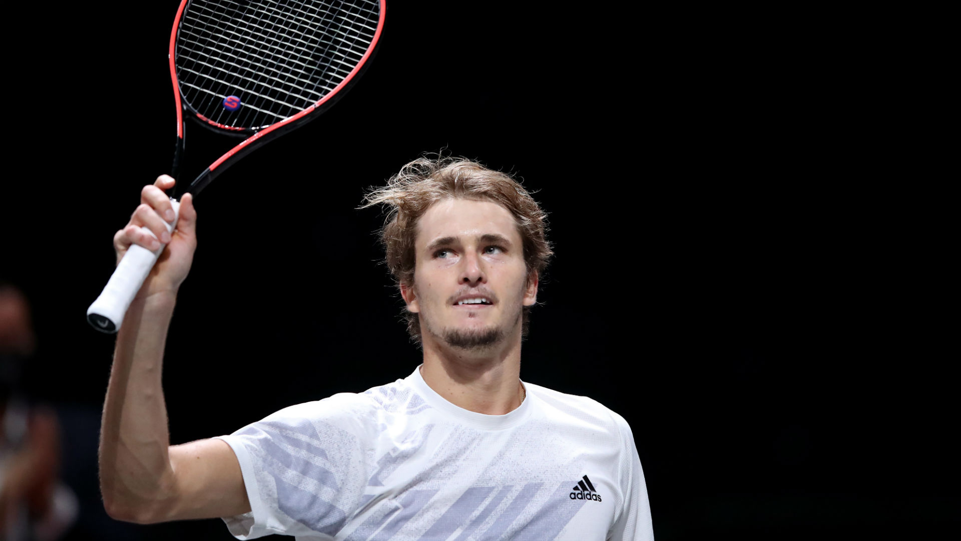 Zverev clinches back-to-back titles with victory in Cologne
