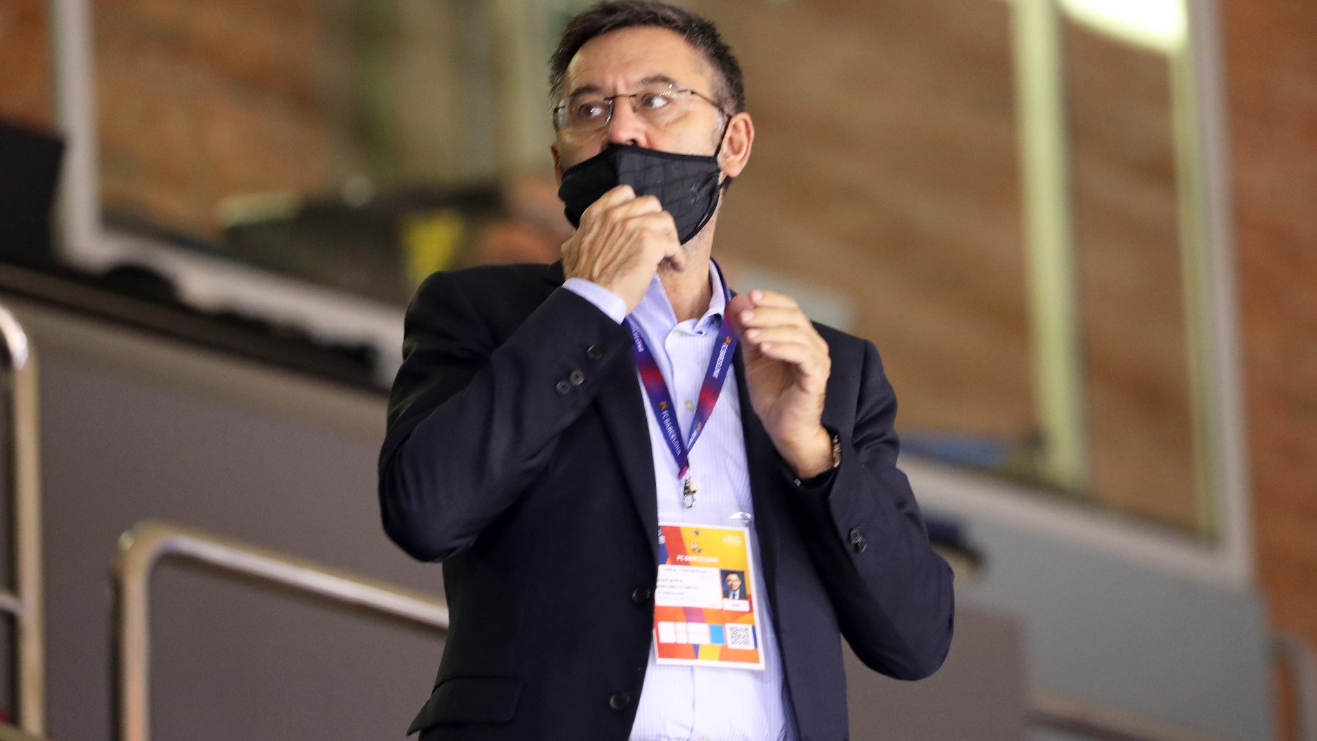 Bartomeu won't resign yet as Barcelona prepare for vote of no confidence on November 1-2