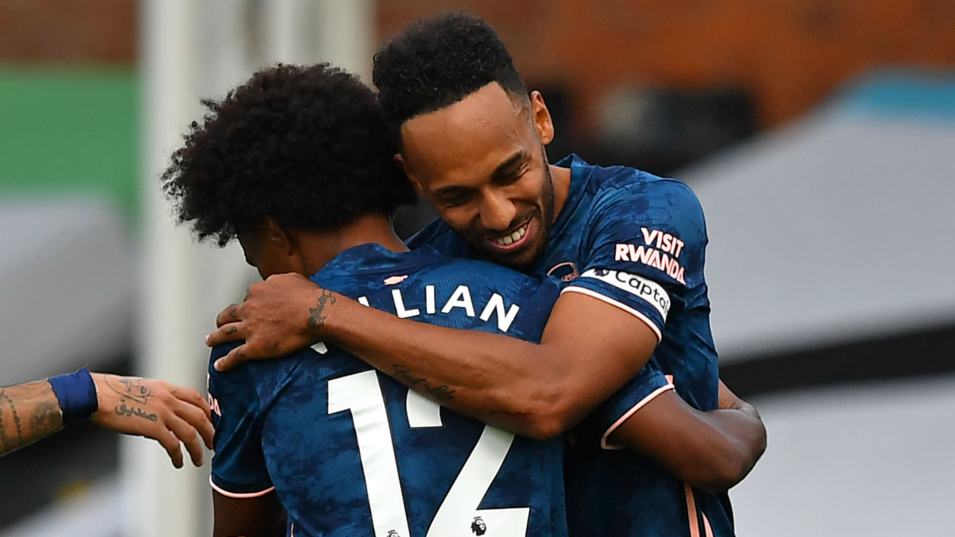 Willian and Aubameyang match Pires and Parlour as Arsenal thump Fulham