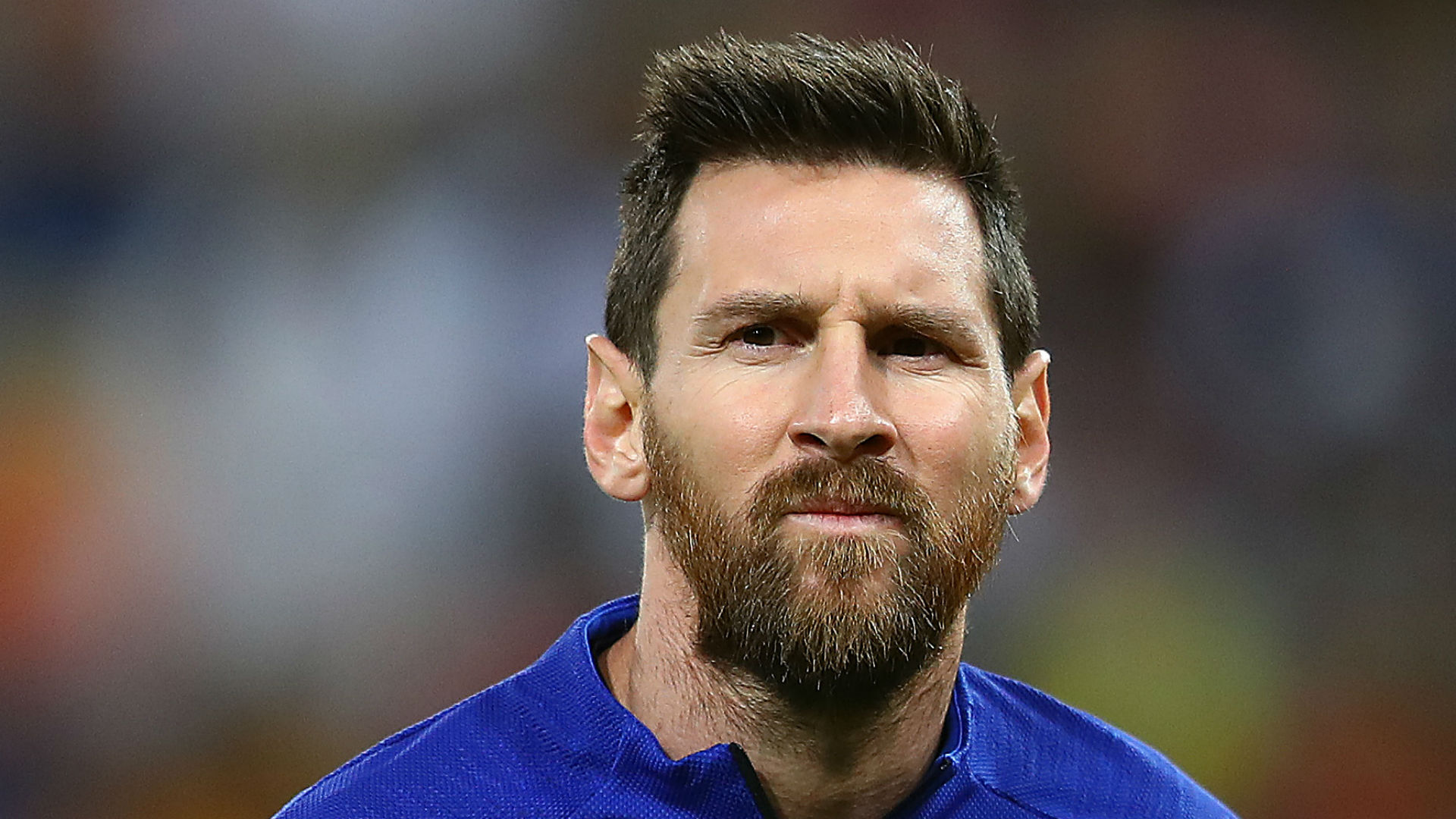 Messi considering Barcelona stay, says father